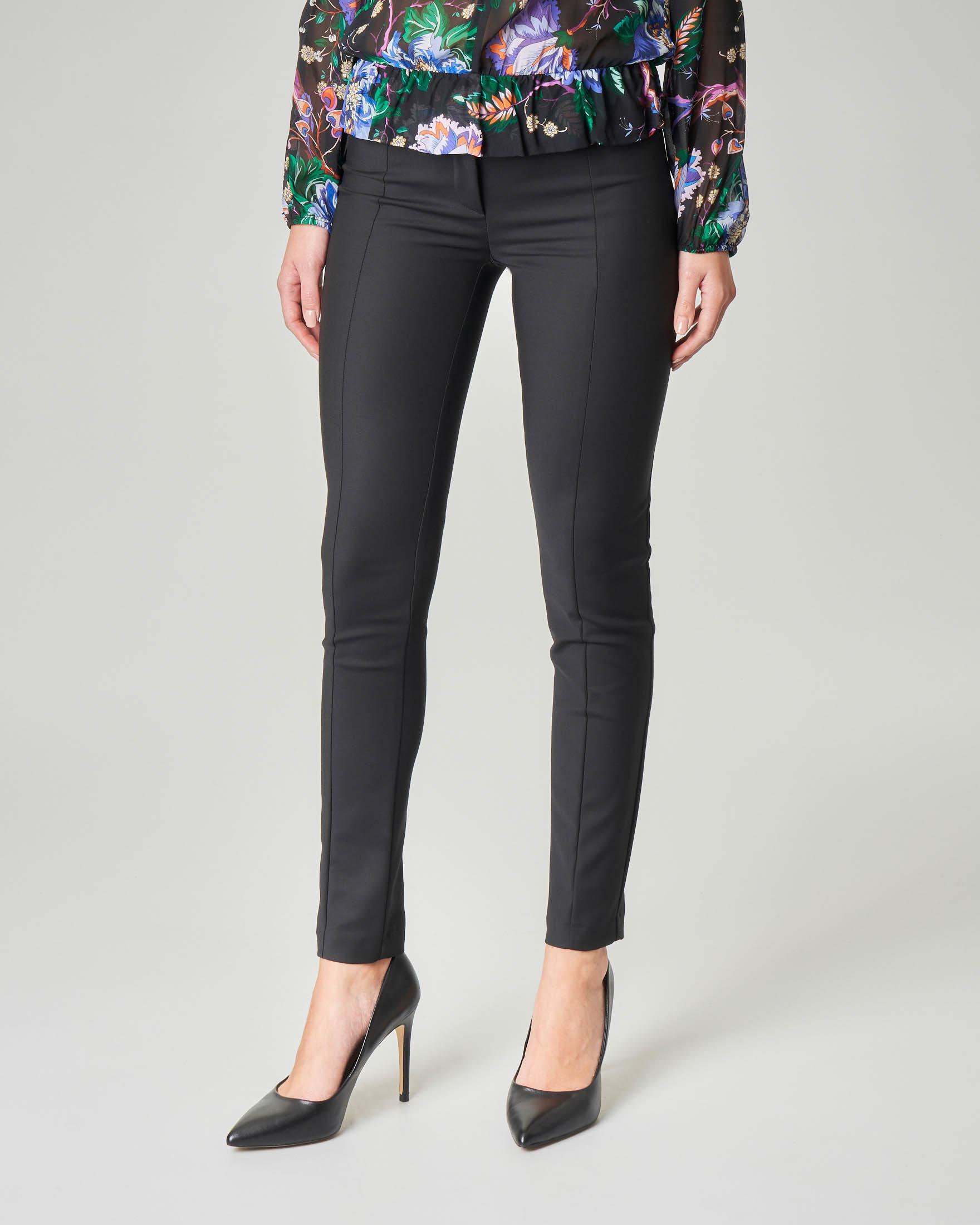 Pantaloni skinny nero in tessuto tecnico misto cotone