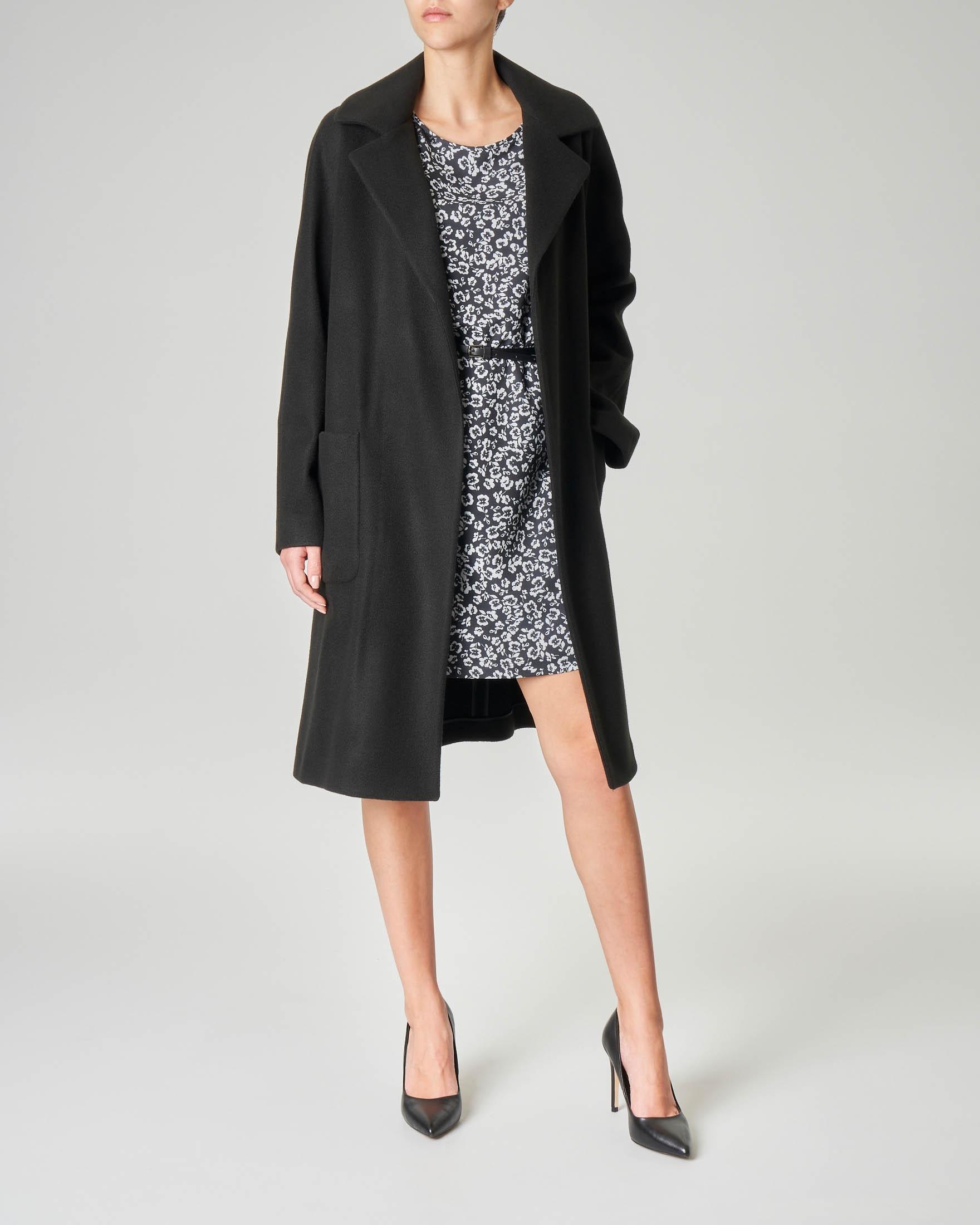 Cappotto nero in panno di misto lana con cintura in vita   Pellizzari E commerce