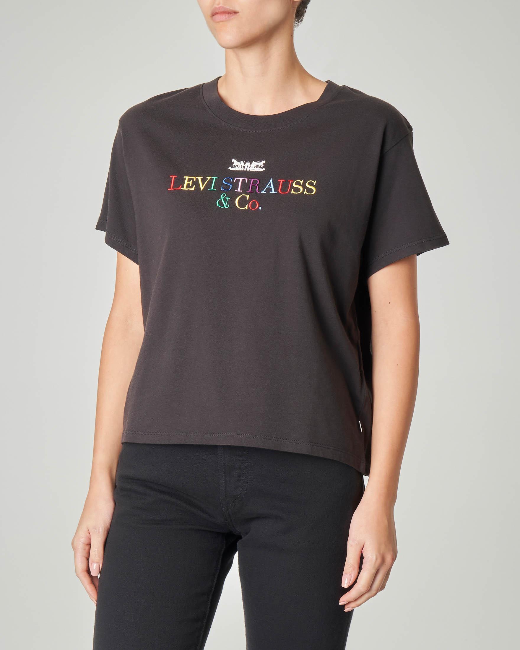 T-shirt cropped nera in cotone con maniche corte e logo ricamato multicolor