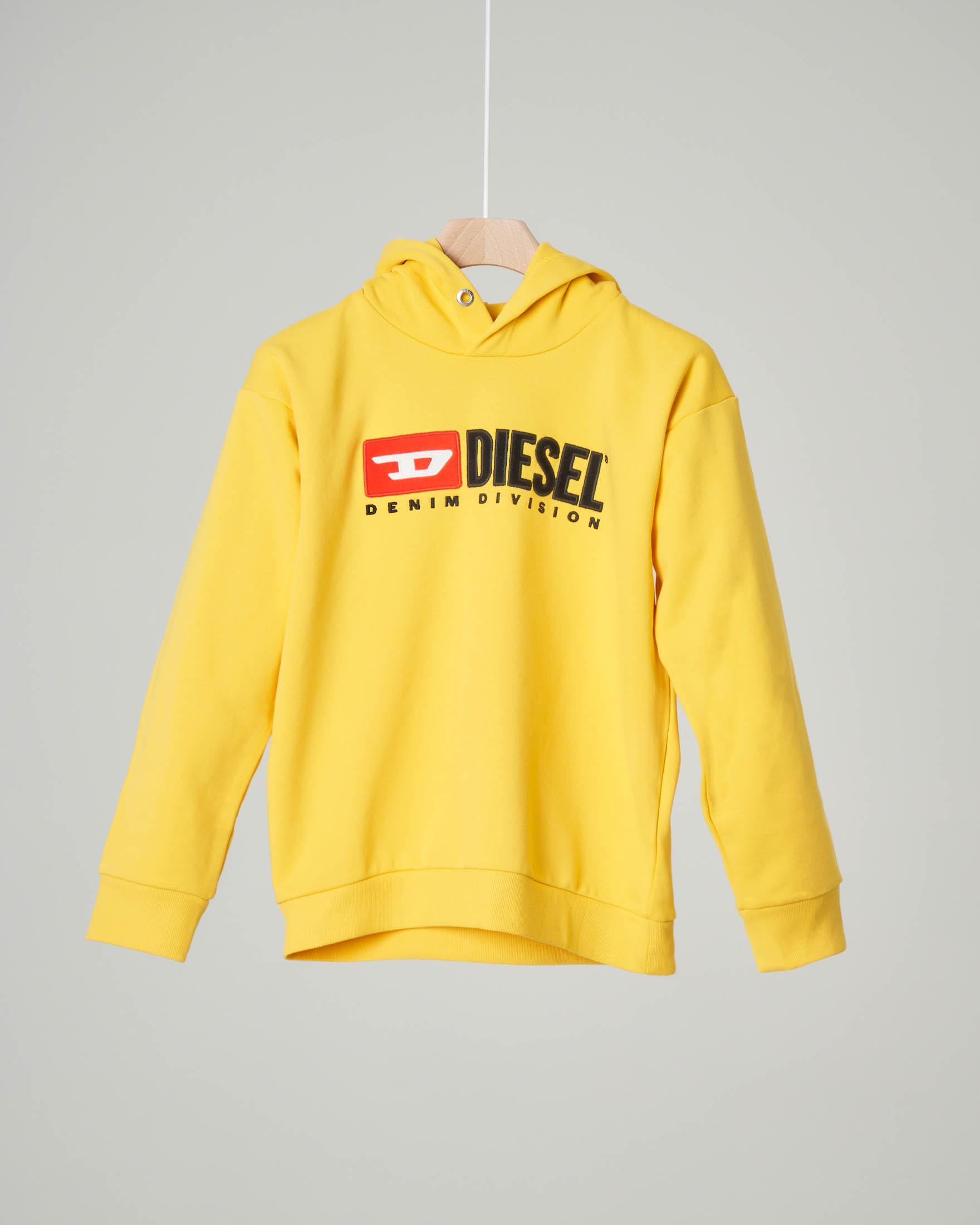 Felpa gialla con cappuccio e logo vintage in feltro 8-16 anni