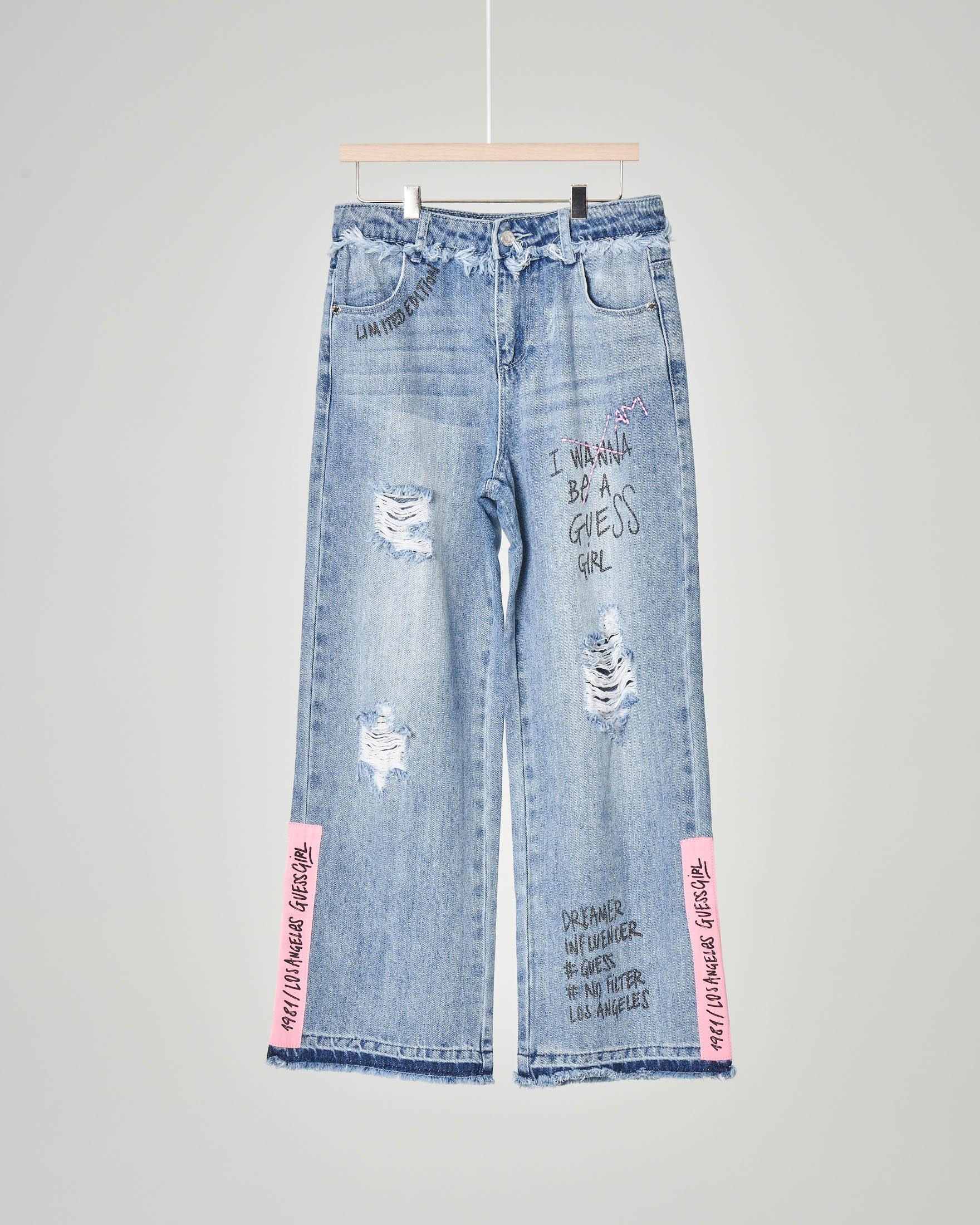 Jeans a palazzo con abrasioni e scritte 10-16 anni