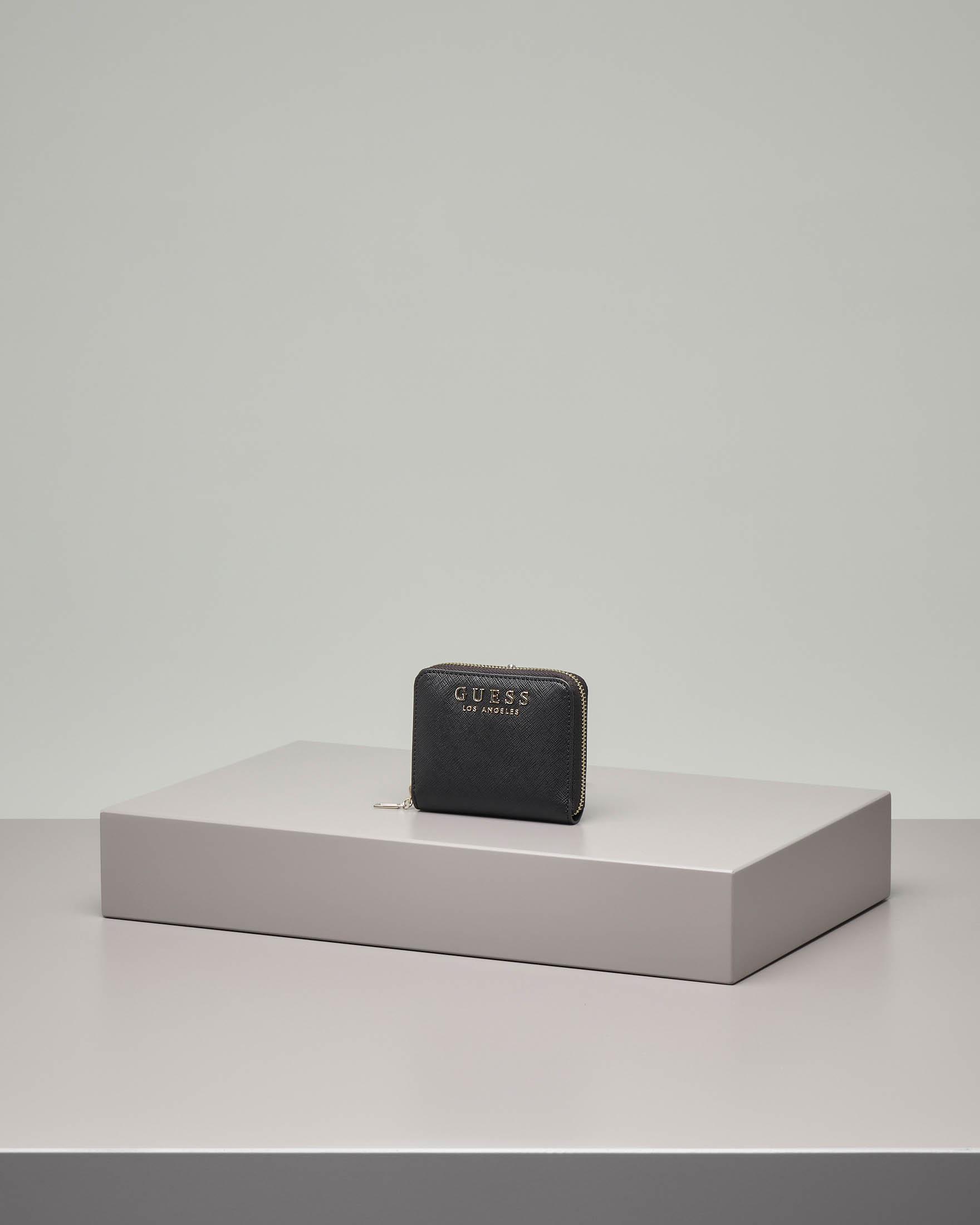 Portafoglio nero in ecopelle effetto saffiano misura piccola con chiusura a cerniera