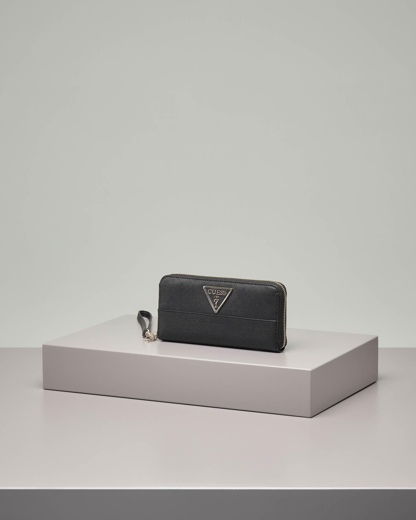 Portafoglio nero in ecopelle effetto saffiano con logo applicato
