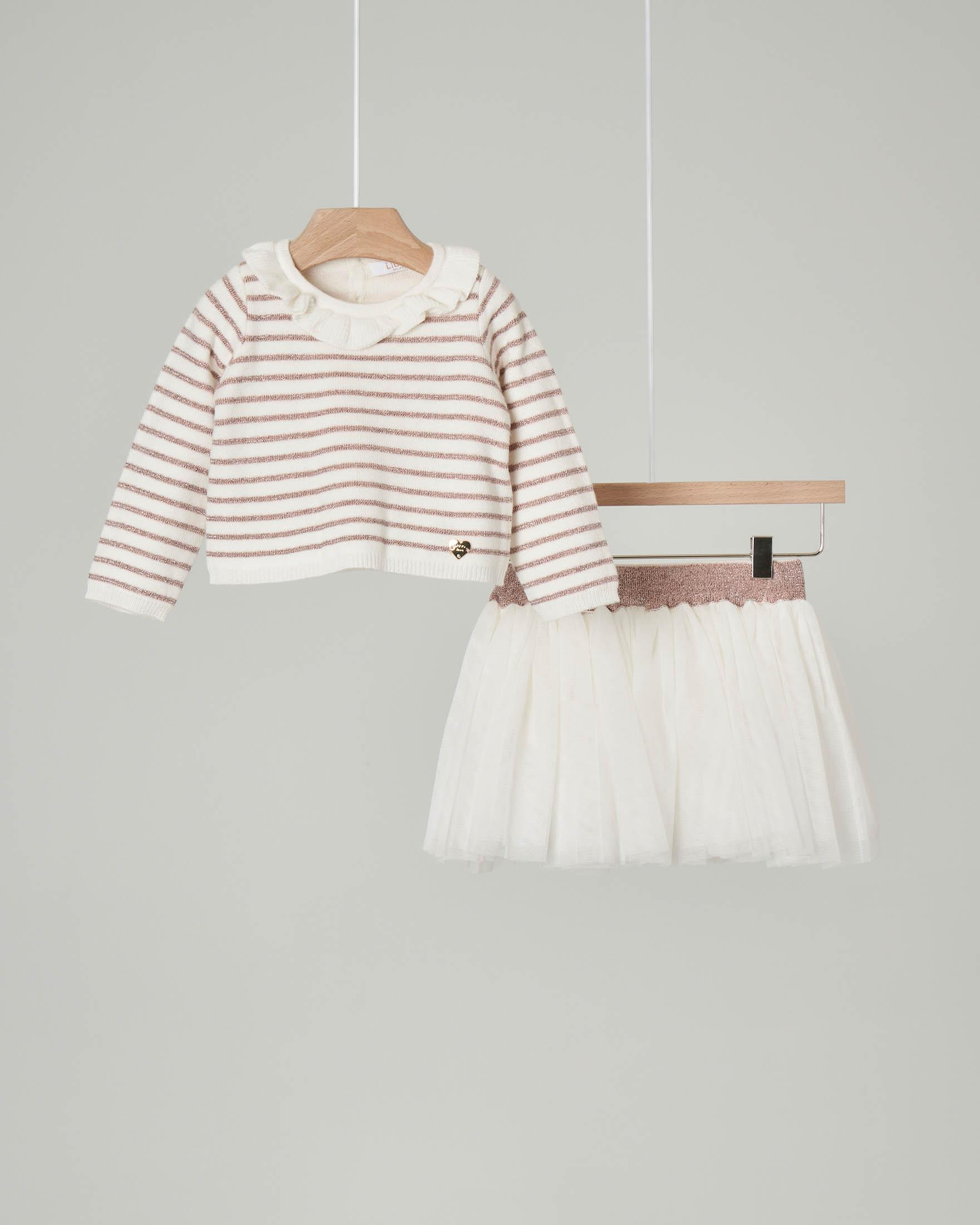 Completo con maglia a righe bianche e rosa e gonna in tulle 6-18 mesi