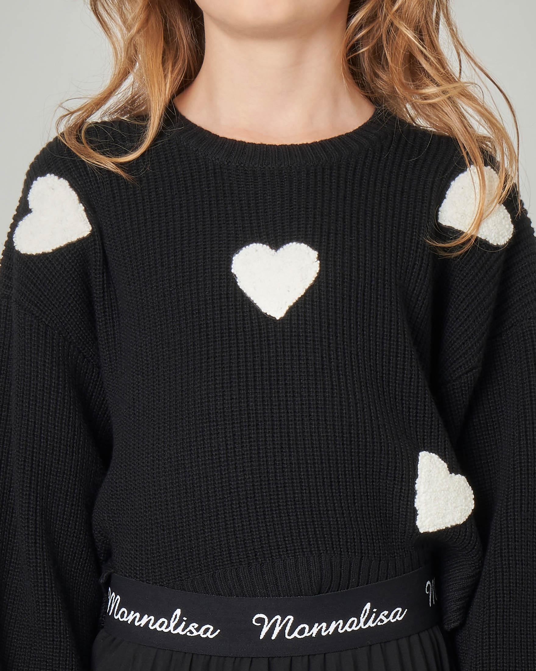 Maglia nera con cuori bianchi jacquard e maniche a sbuffo 8-12 anni