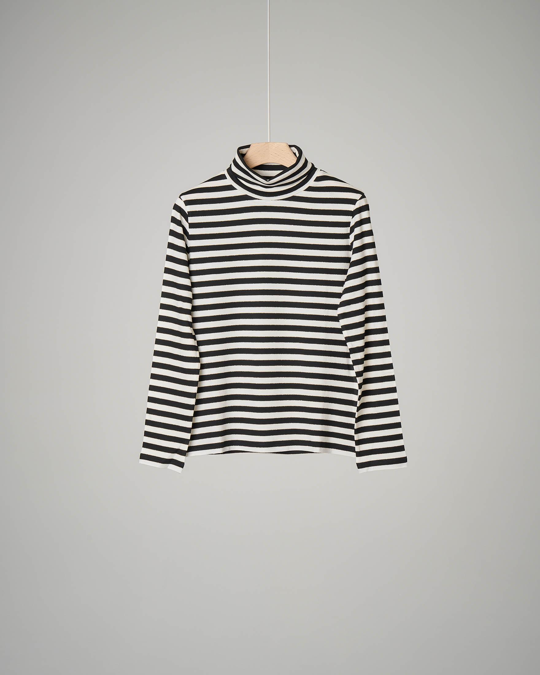 T-shirt a righe bianche e nere con collo alto 44-46