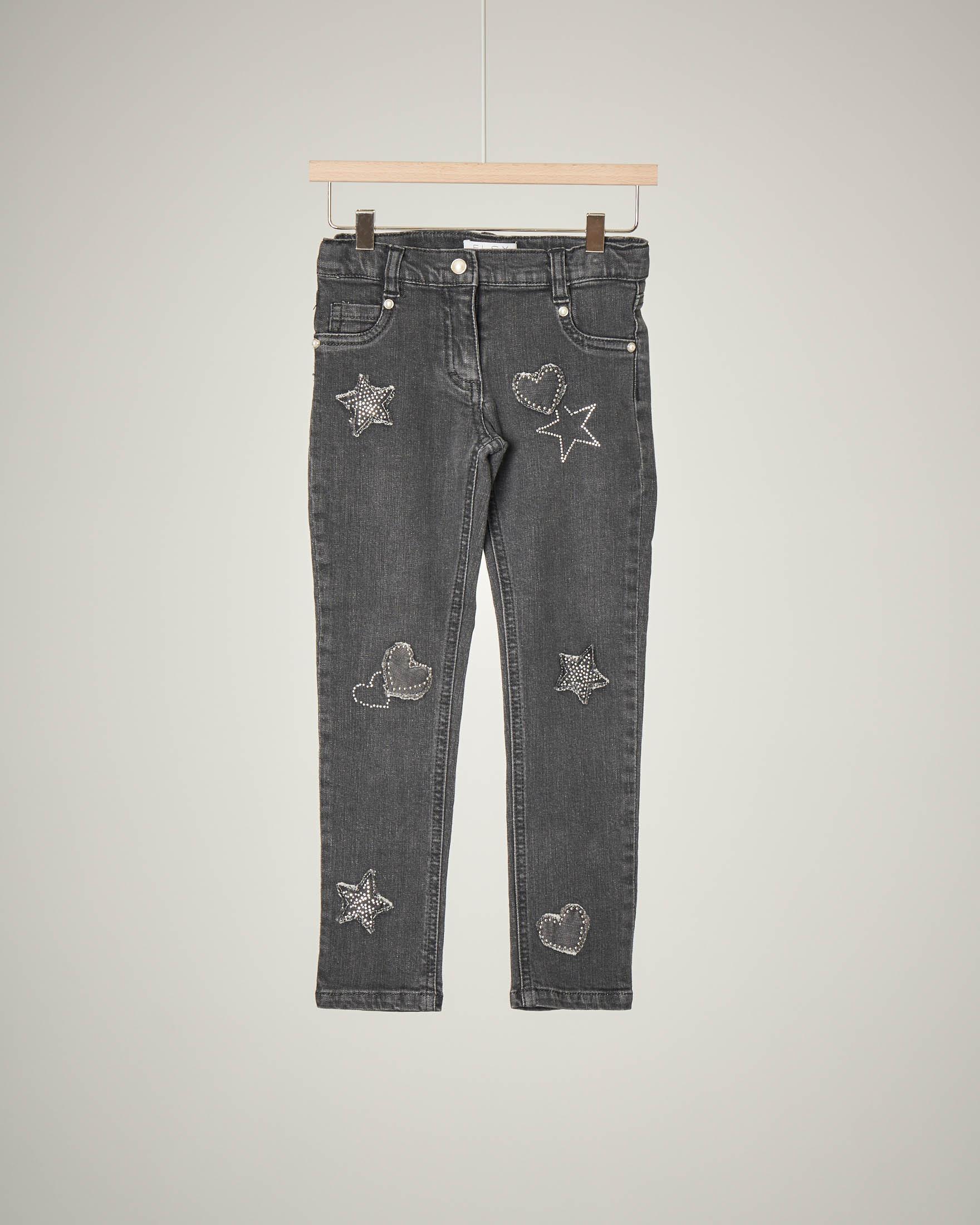 Jeans grigio con applicazioni 3-7 anni