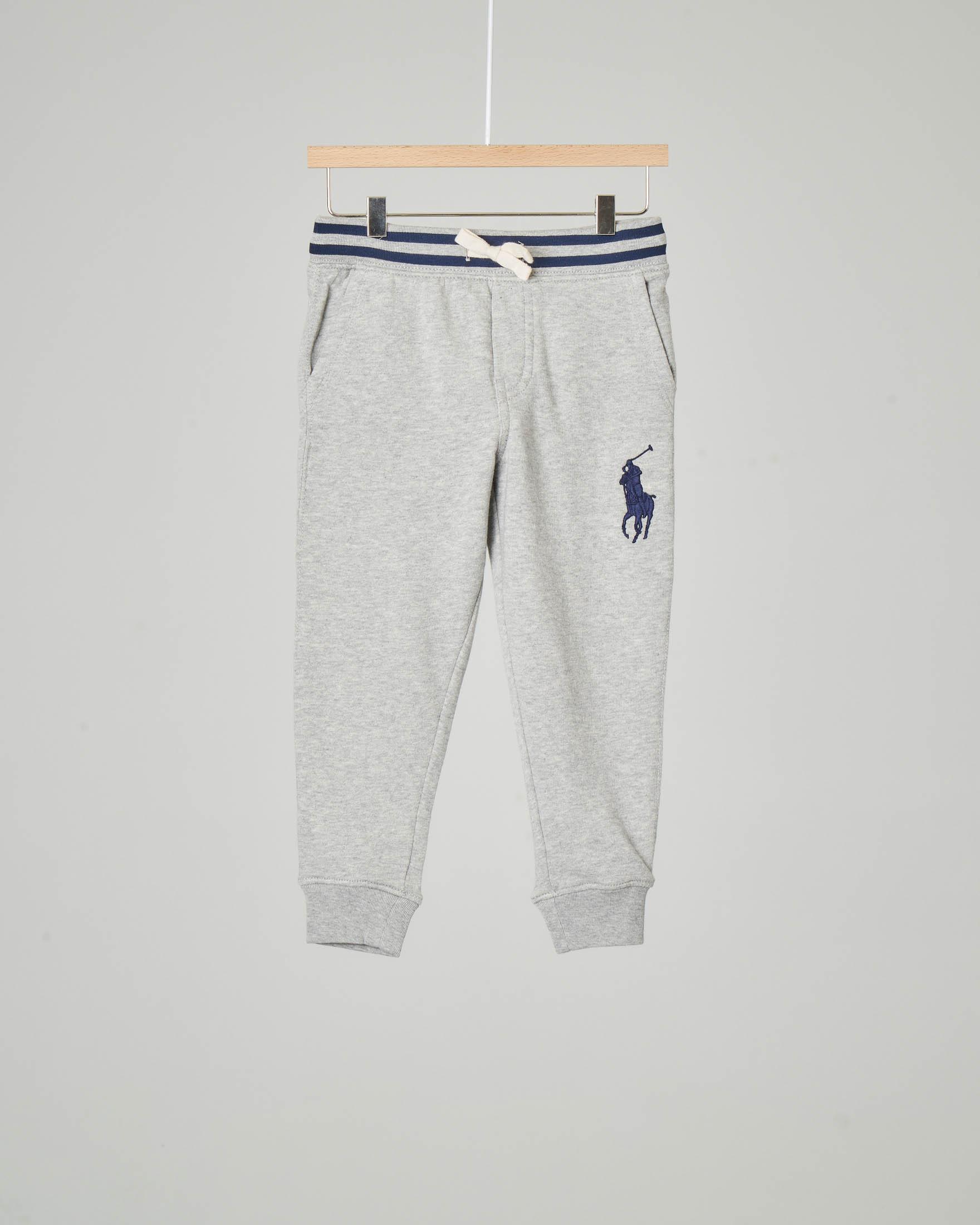 Pantalone grigio in felpa con big-pony blu ricamato 2-6 anni