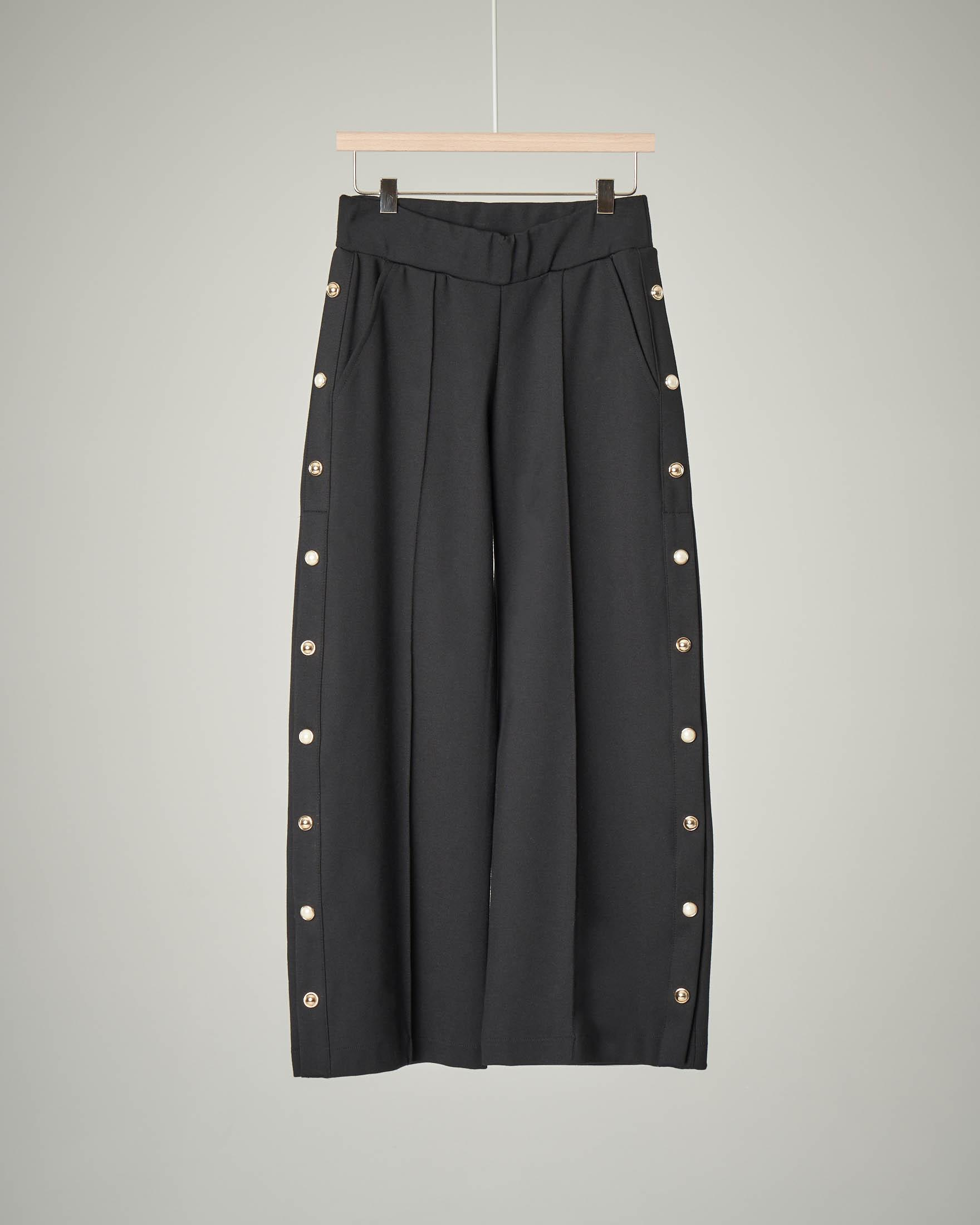 Pantalone nero palazzo con bottoni sui fianchi 40-46