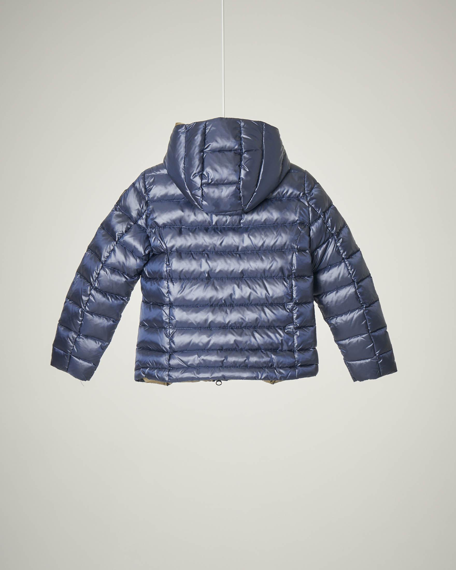 Piumino blu con cappuccio 4-8 anni