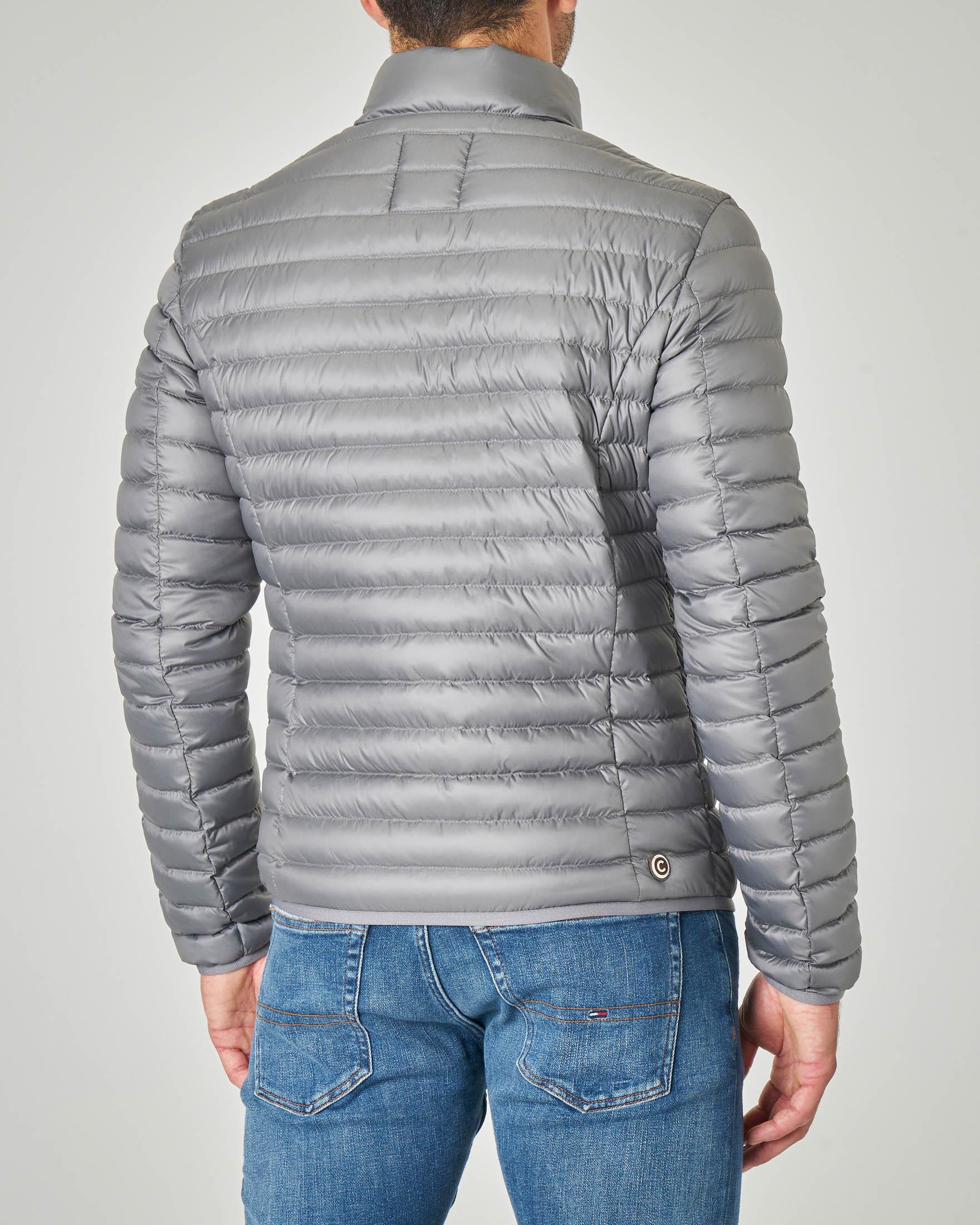 Piumino grigio leggero senza cappuccio