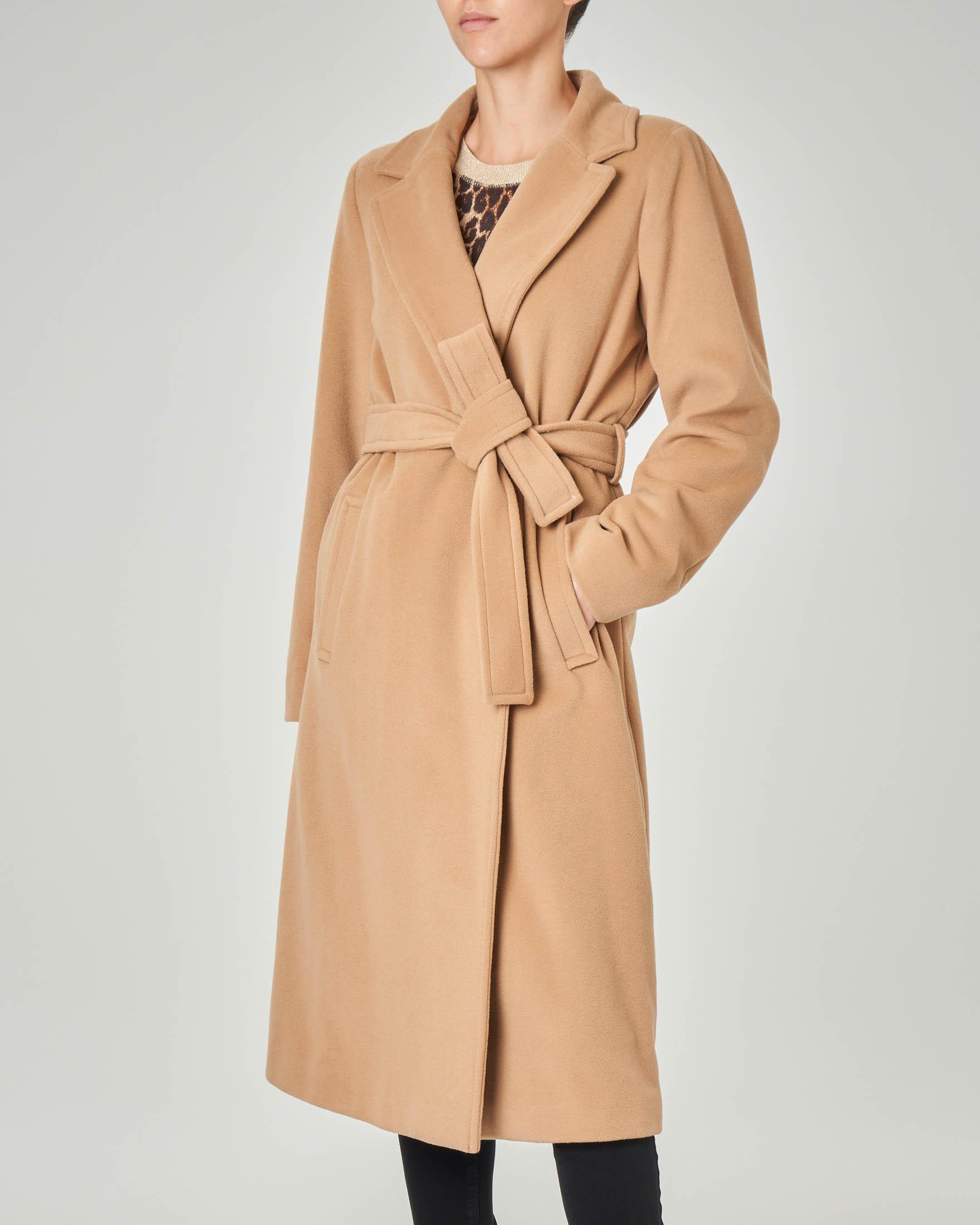 Cappotto sette ottavi a vestaglia color cammello