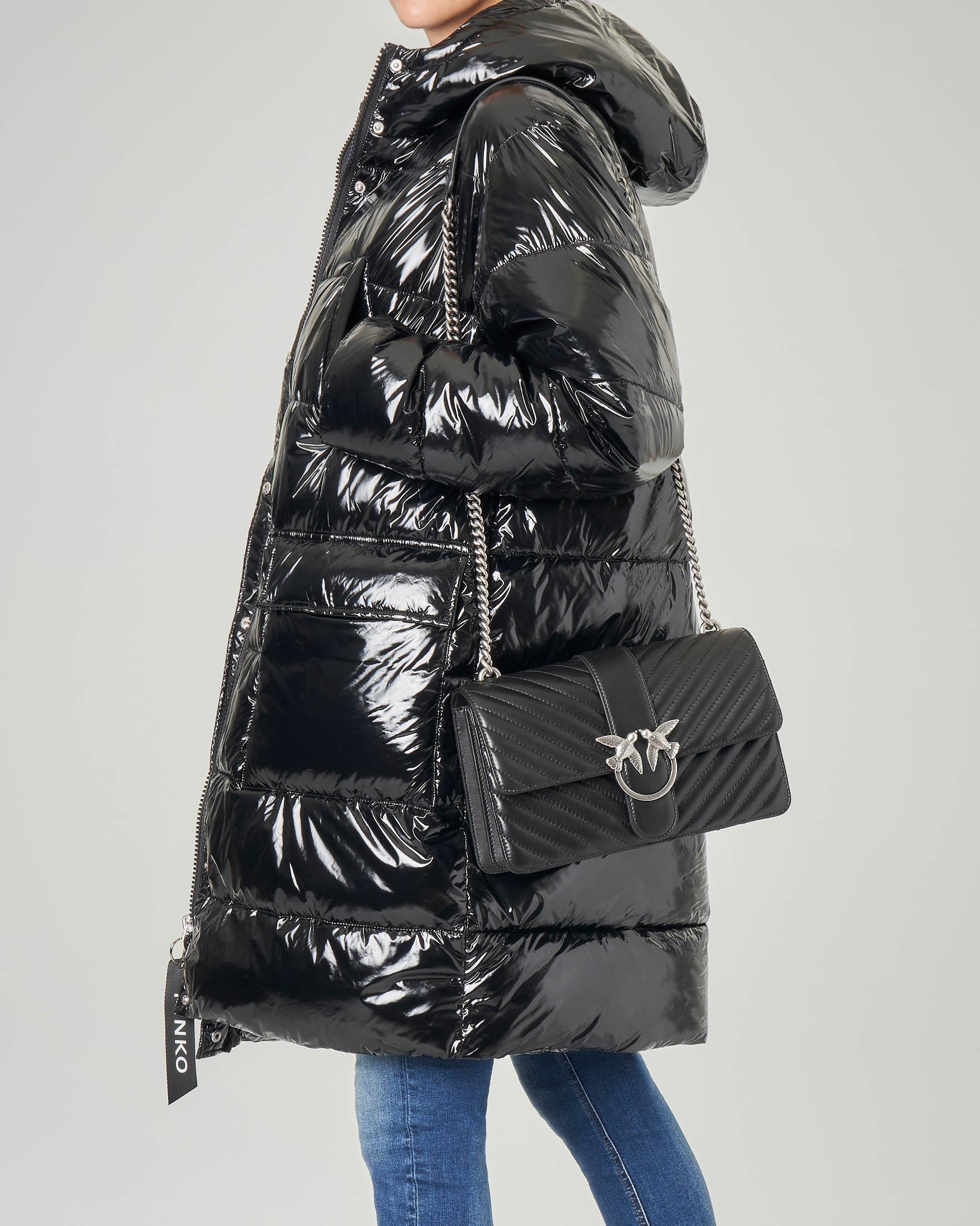 Love Bag in pelle nera quilted con tracolla a catena