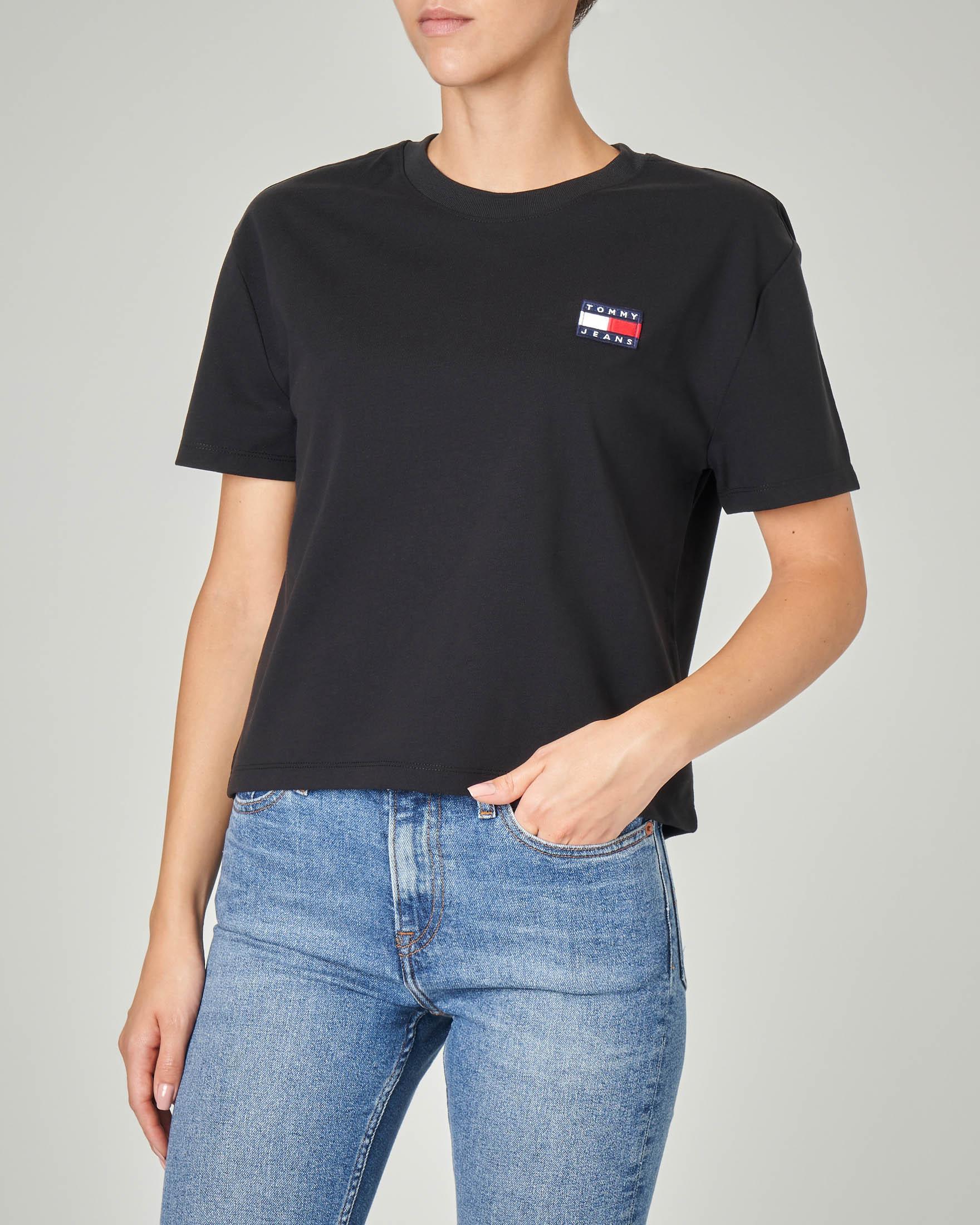 T-shirt manica corta nera in cotone organico con logo