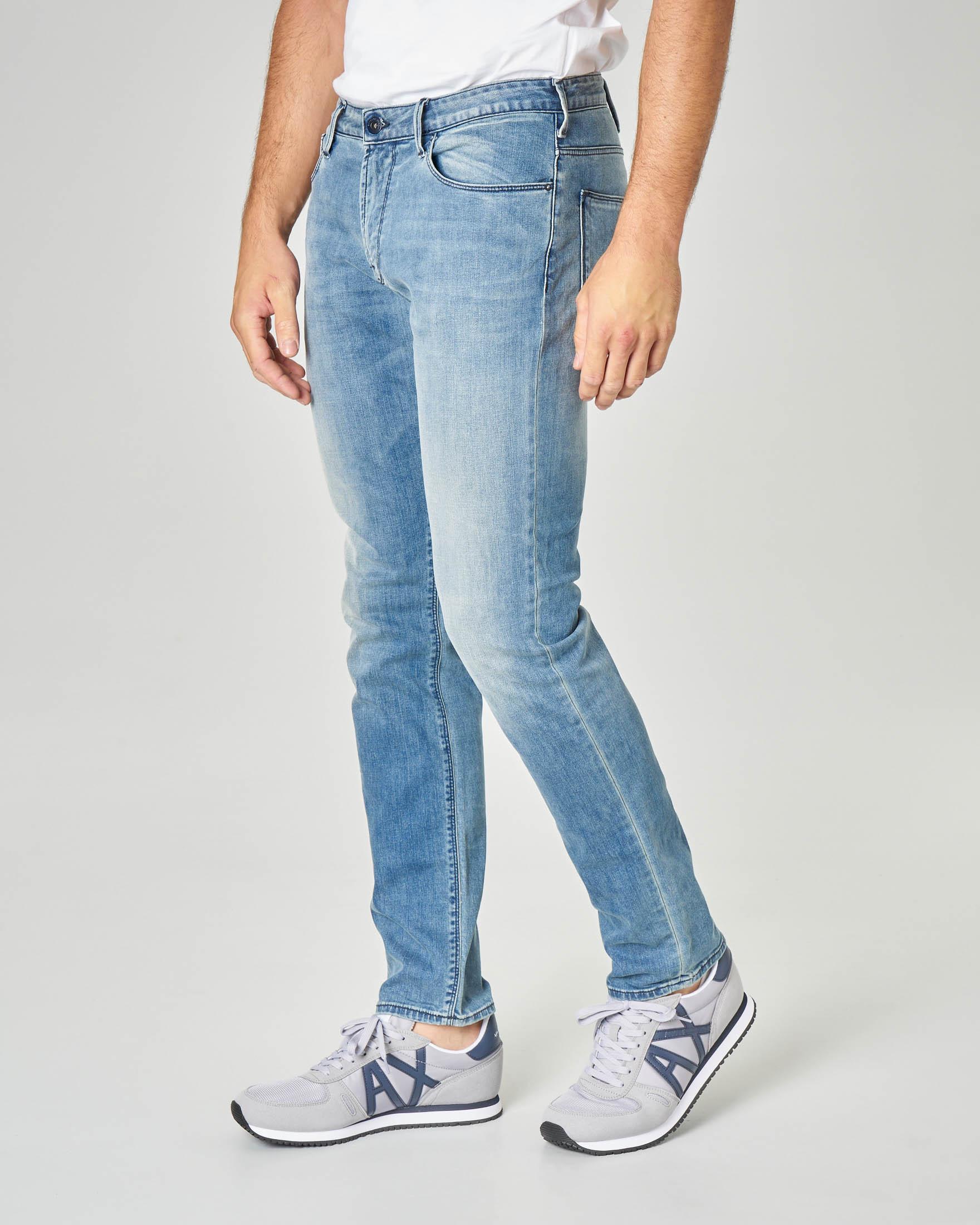 Jeans J06 slim-fit lavaggio super stone wash