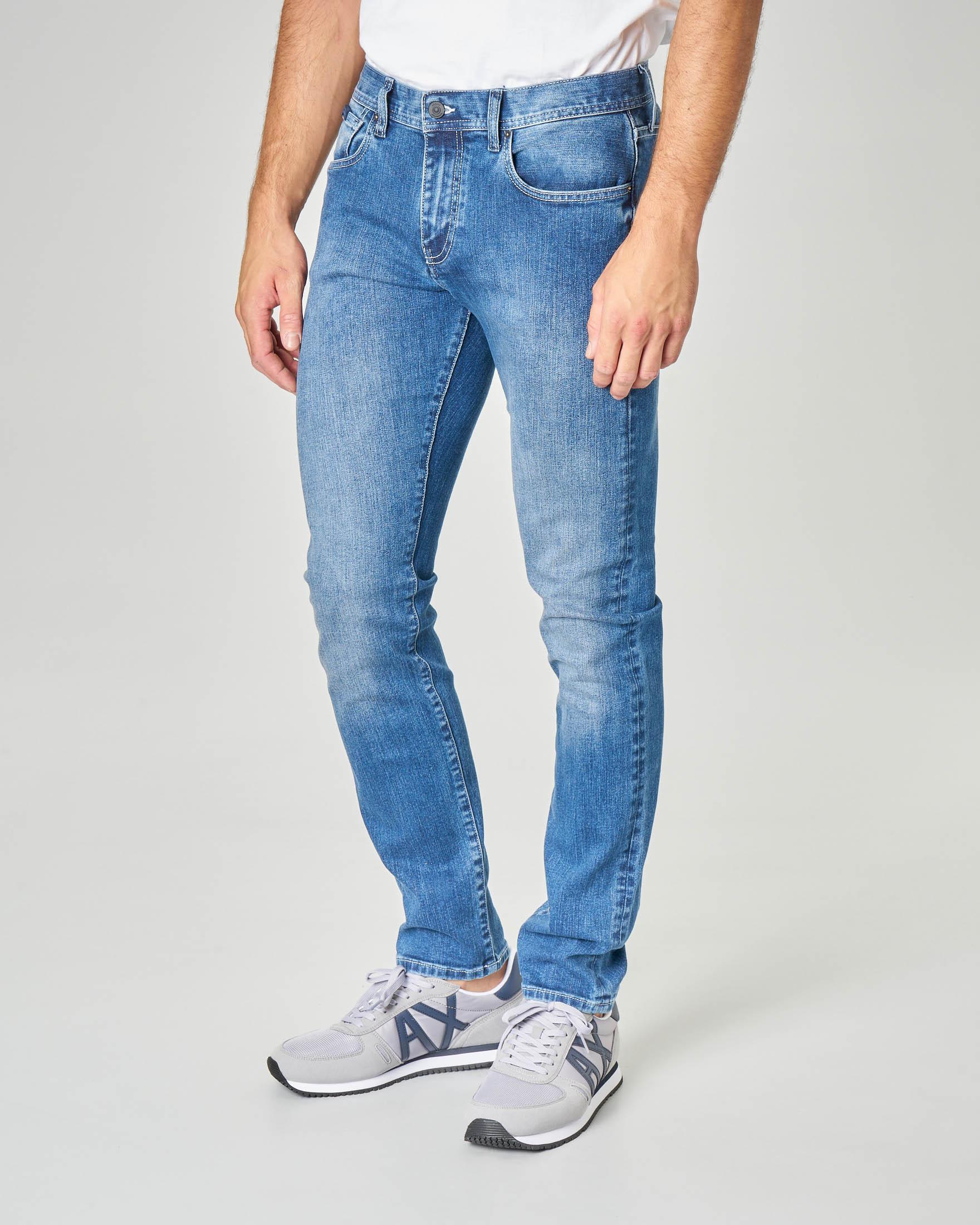 Jeans J13 lavaggio super stone wash in cotone stretch