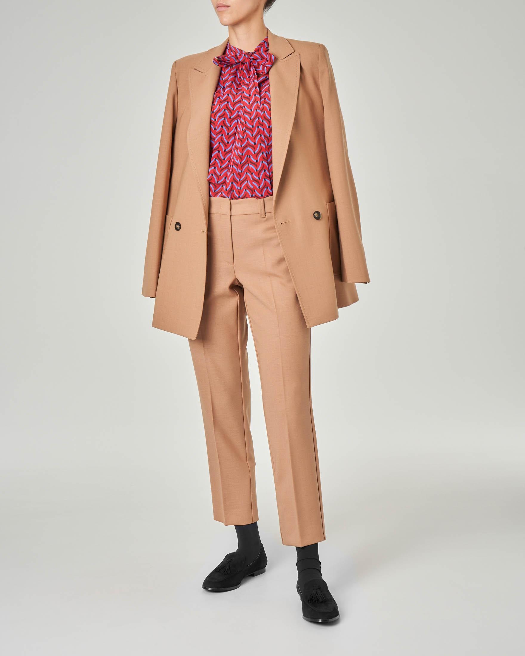 Giacca doppiopetto in misto lana color cammello