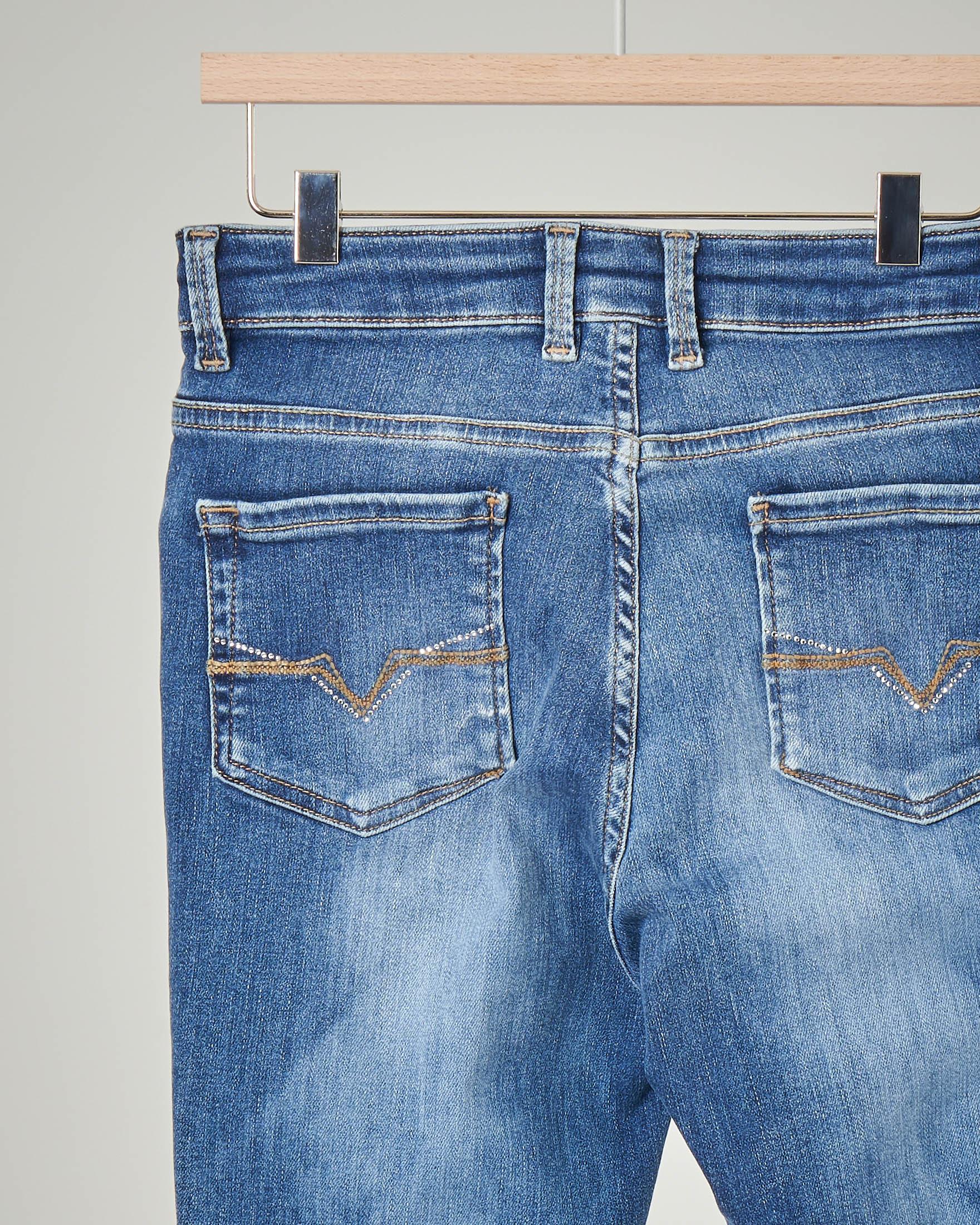 Jeans blu effetto slavato
