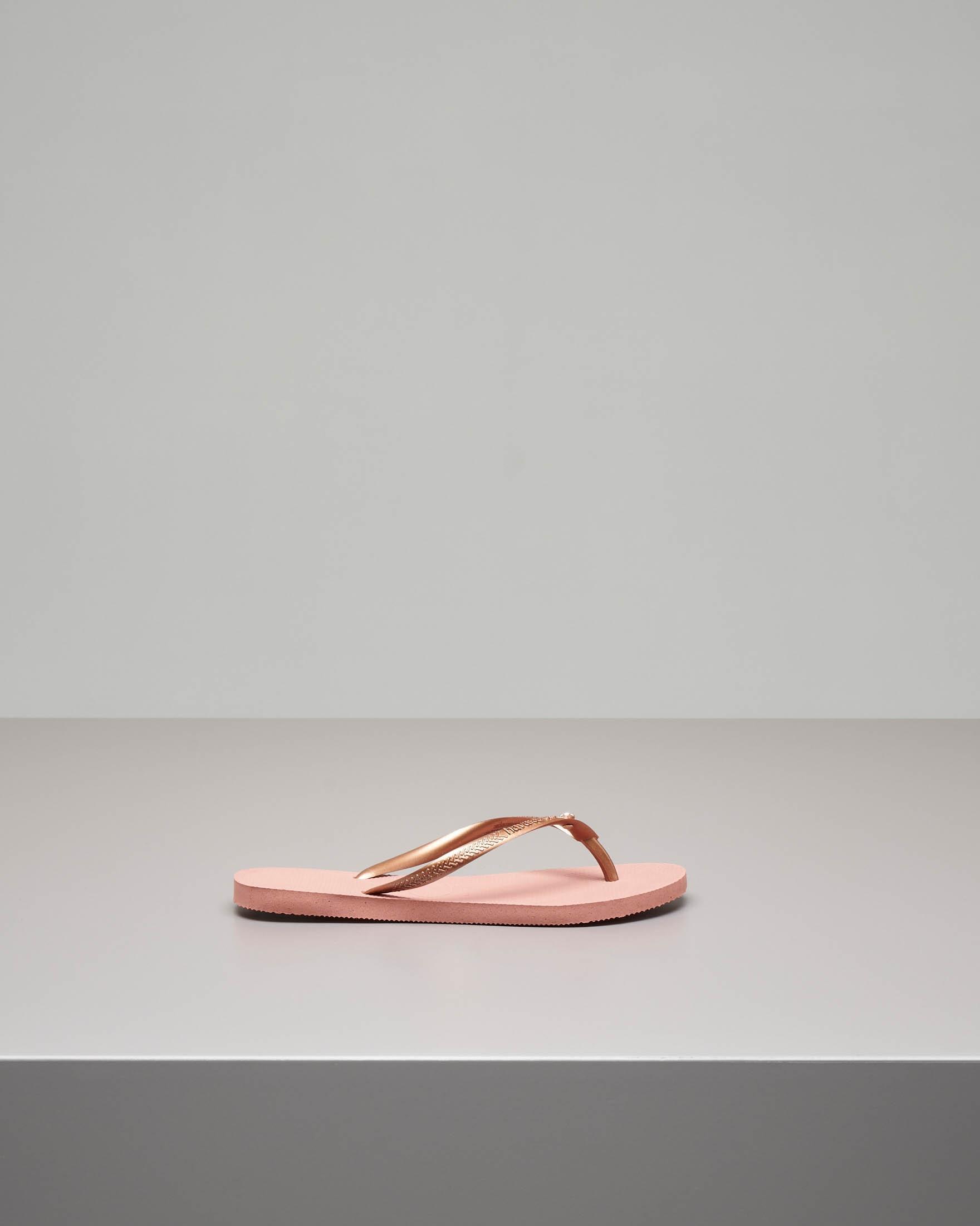 Havaianas Crystal Glamour rosa con logo tono su tono e strass applicato sulle fascette