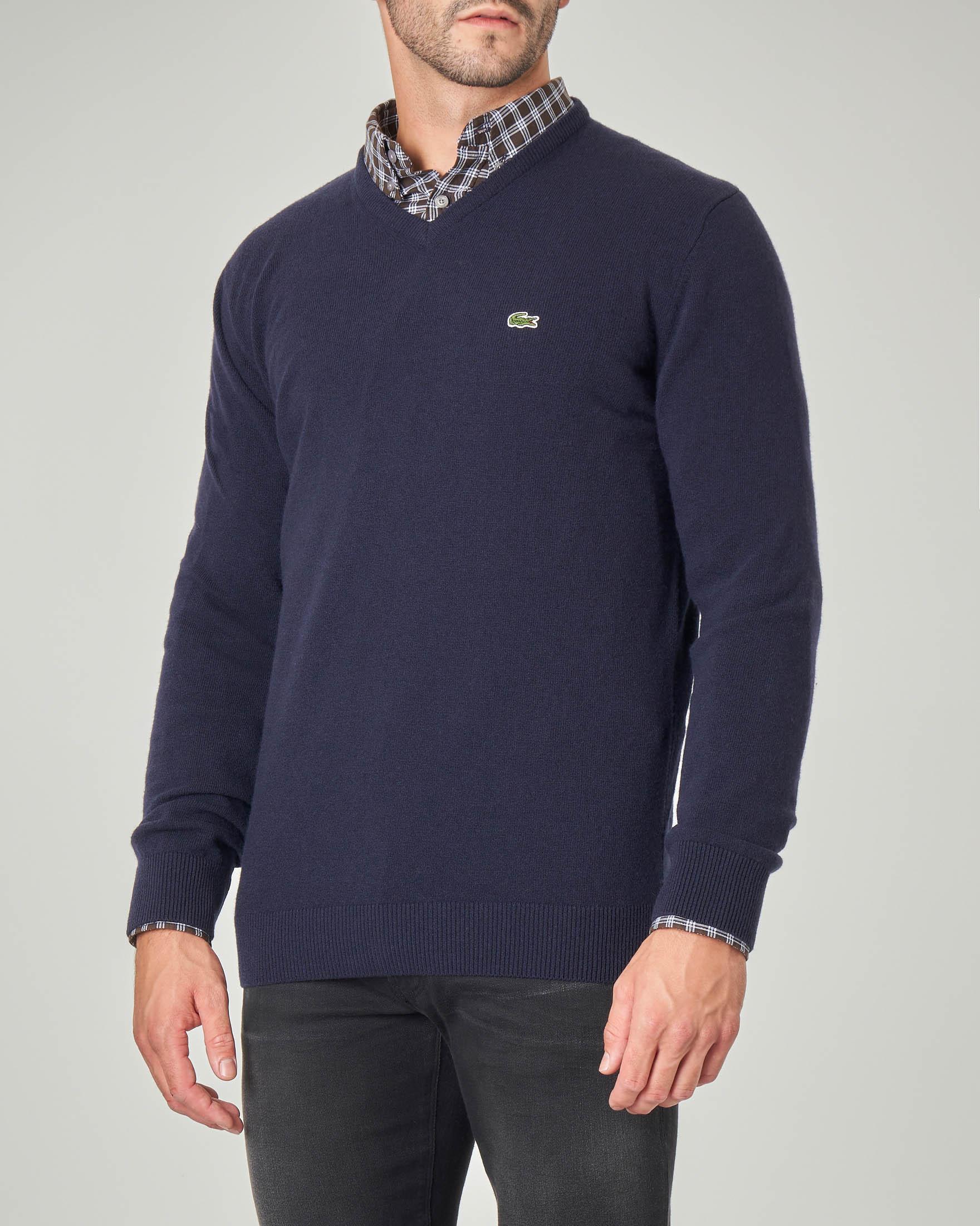 Maglia blu scollo a V in pura lana
