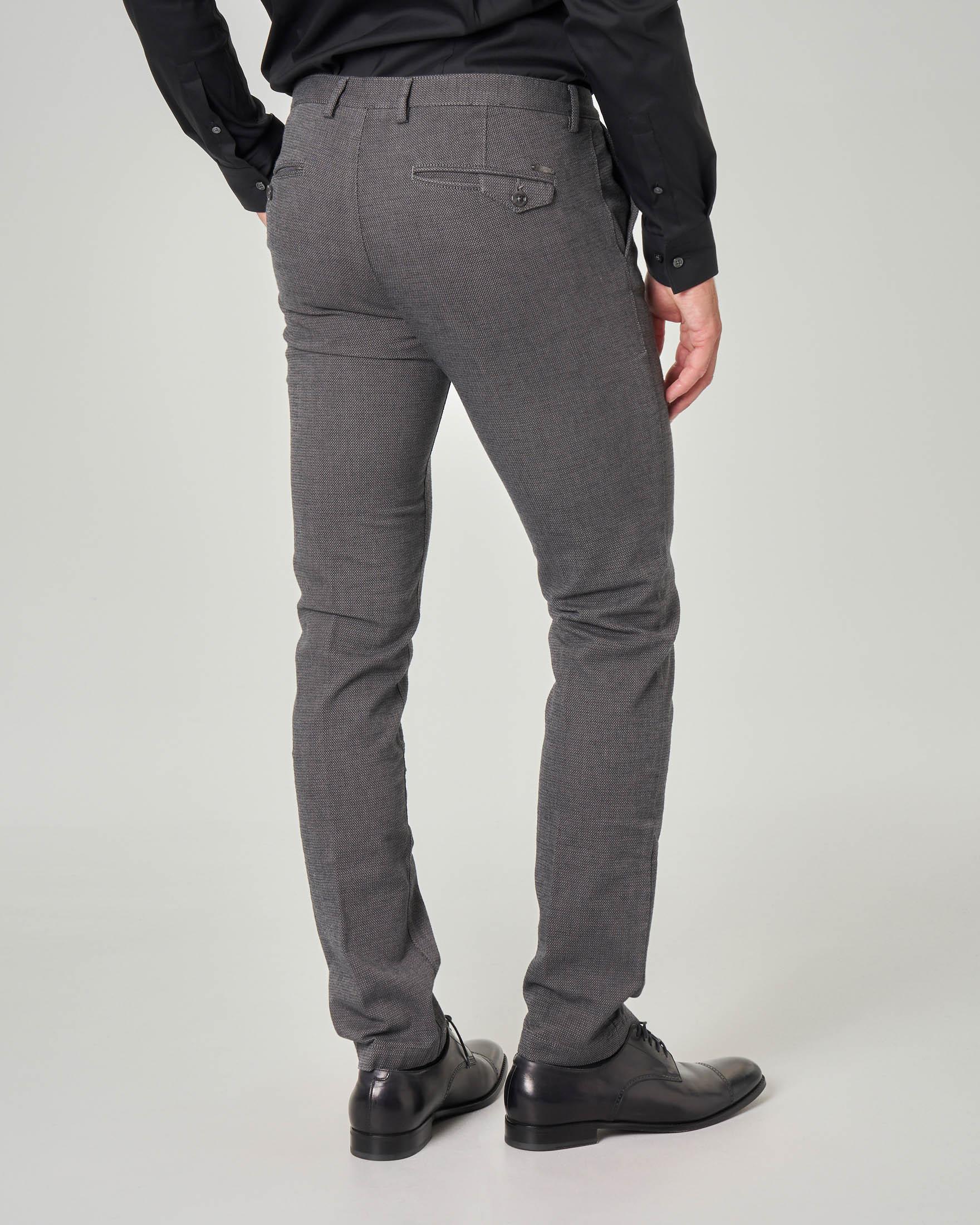 Pantalone grigio microarmatura in tessuto stretch