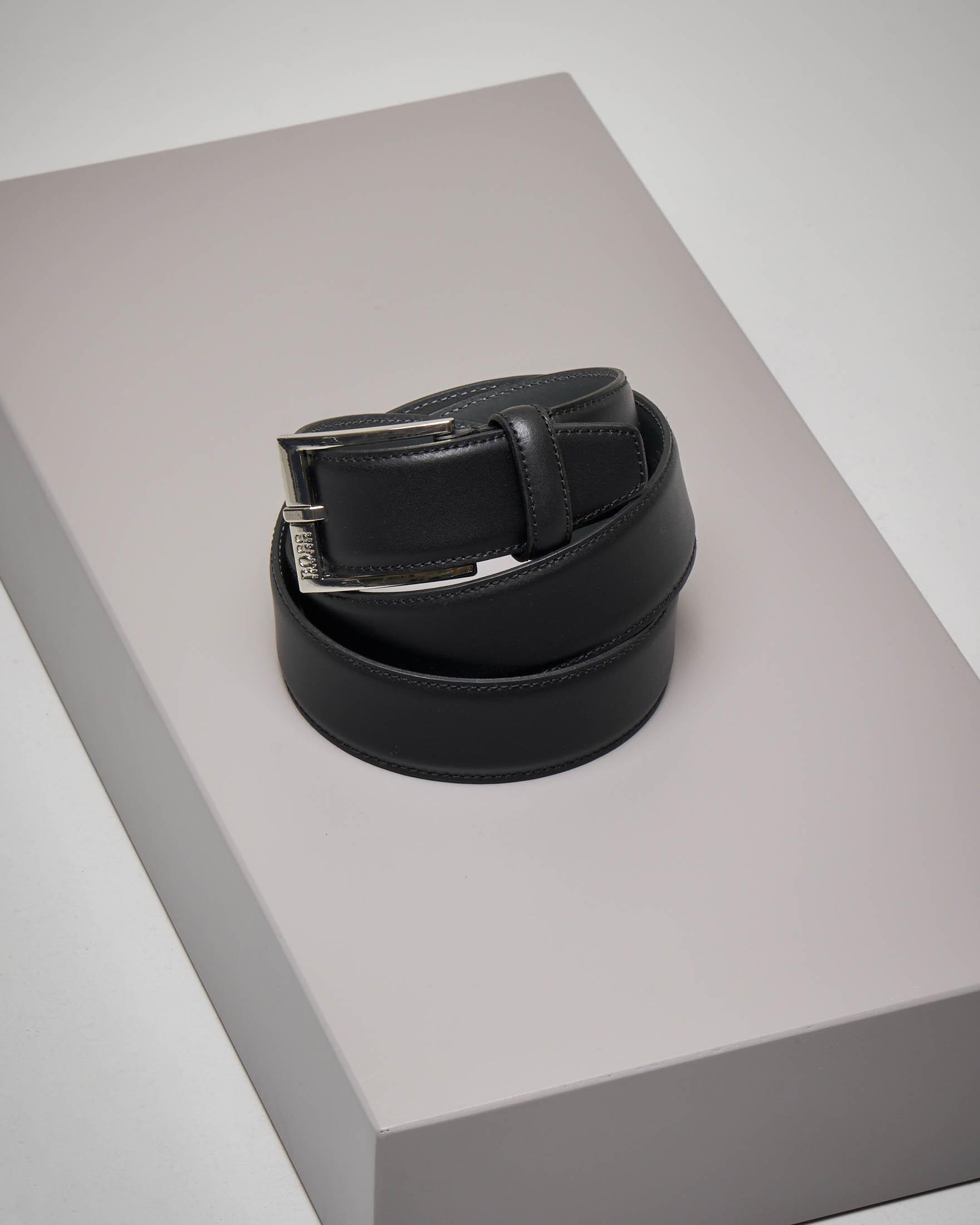 Cintura nera in pelle liscia