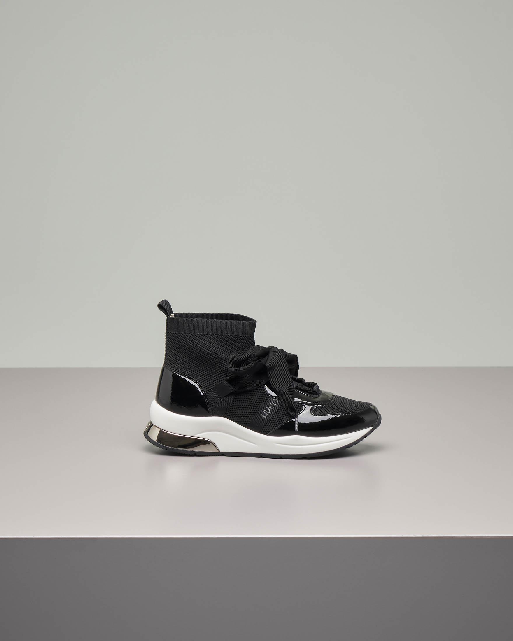 Sneakers alte nere con fiocco 35-40