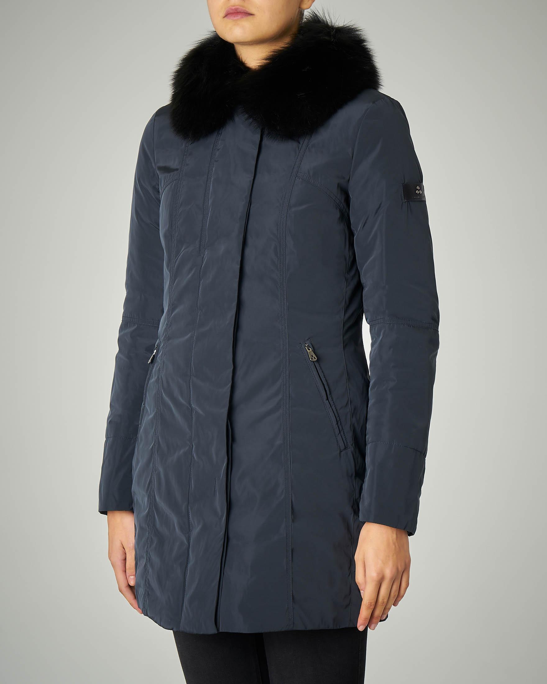 Giacca lunga blu con colletto di pelliccia di volpe