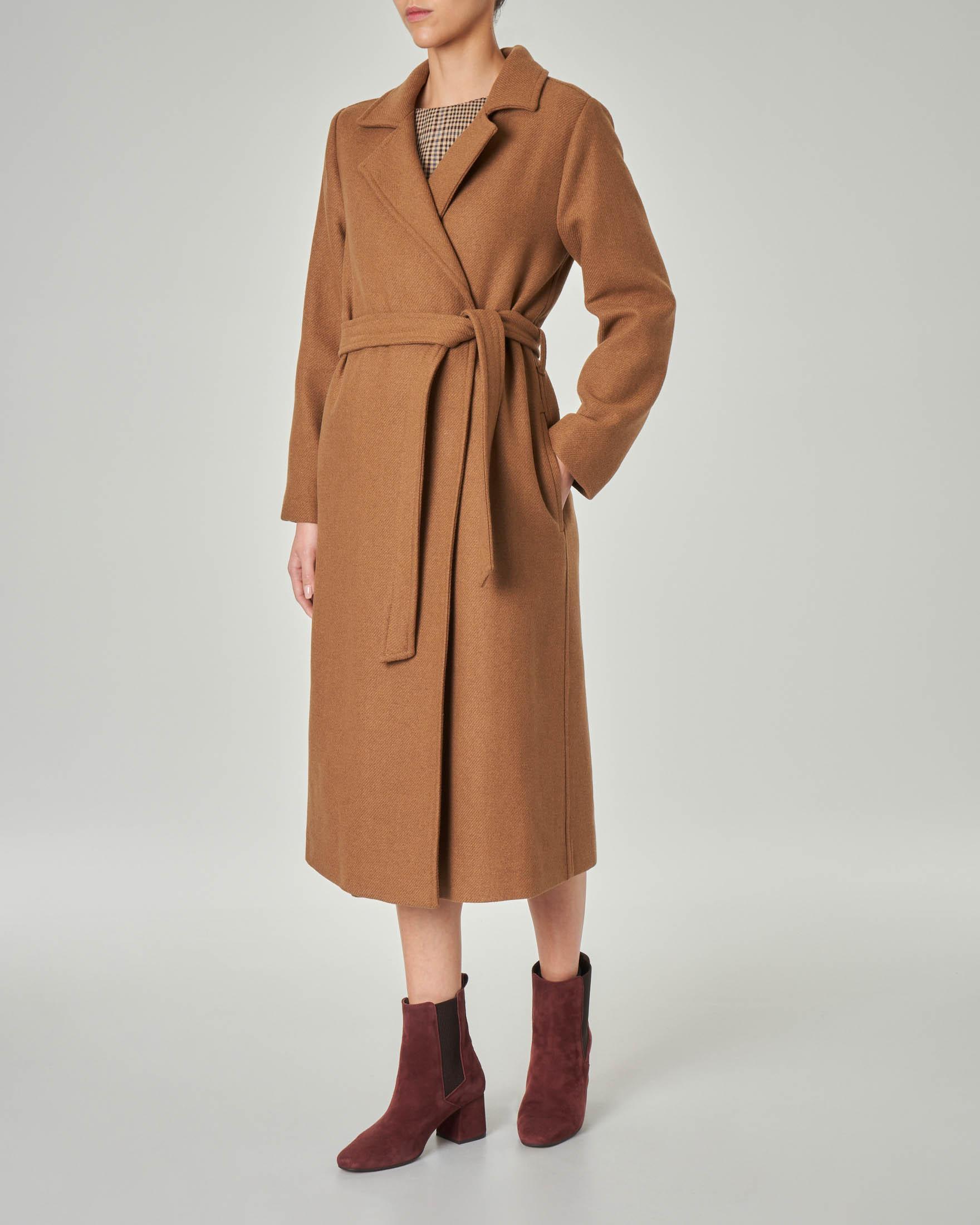 Cappotto color bruciato a vestaglia in misto lana con collo a rever