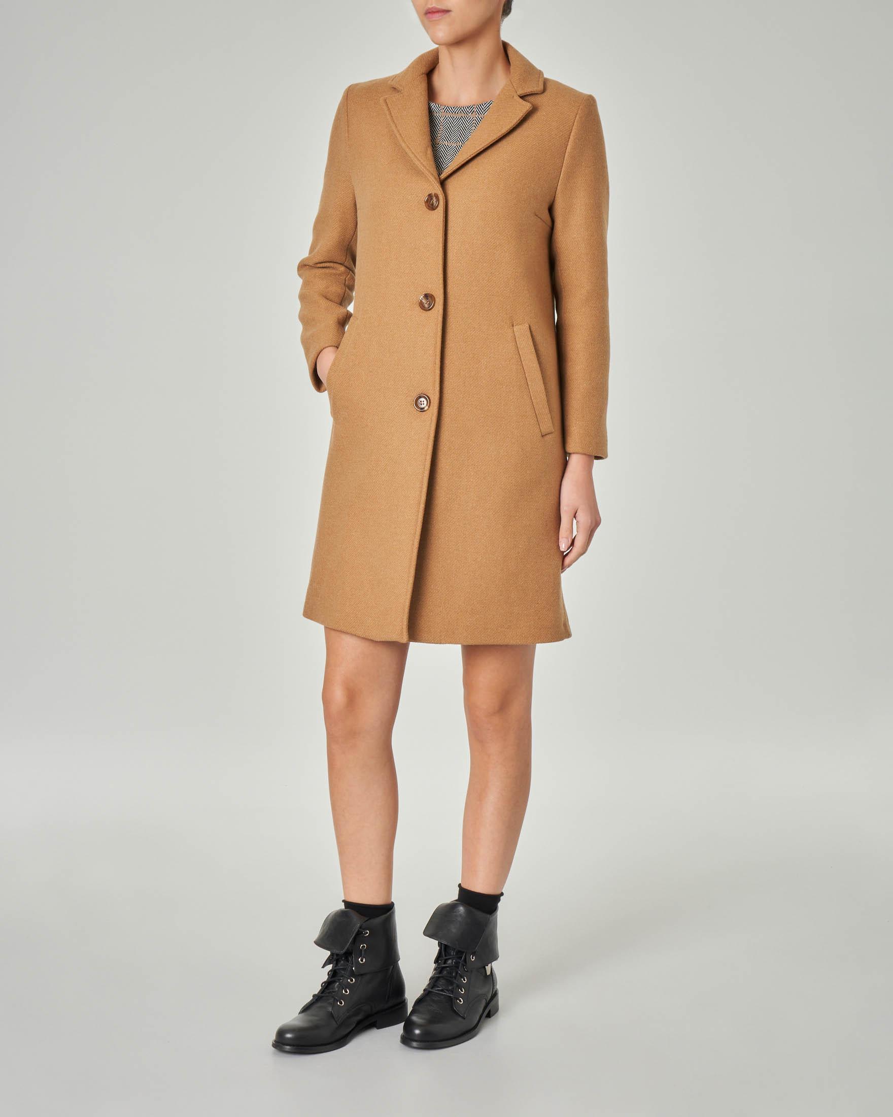 Cappottino in misto lana color cammello con collo a rever