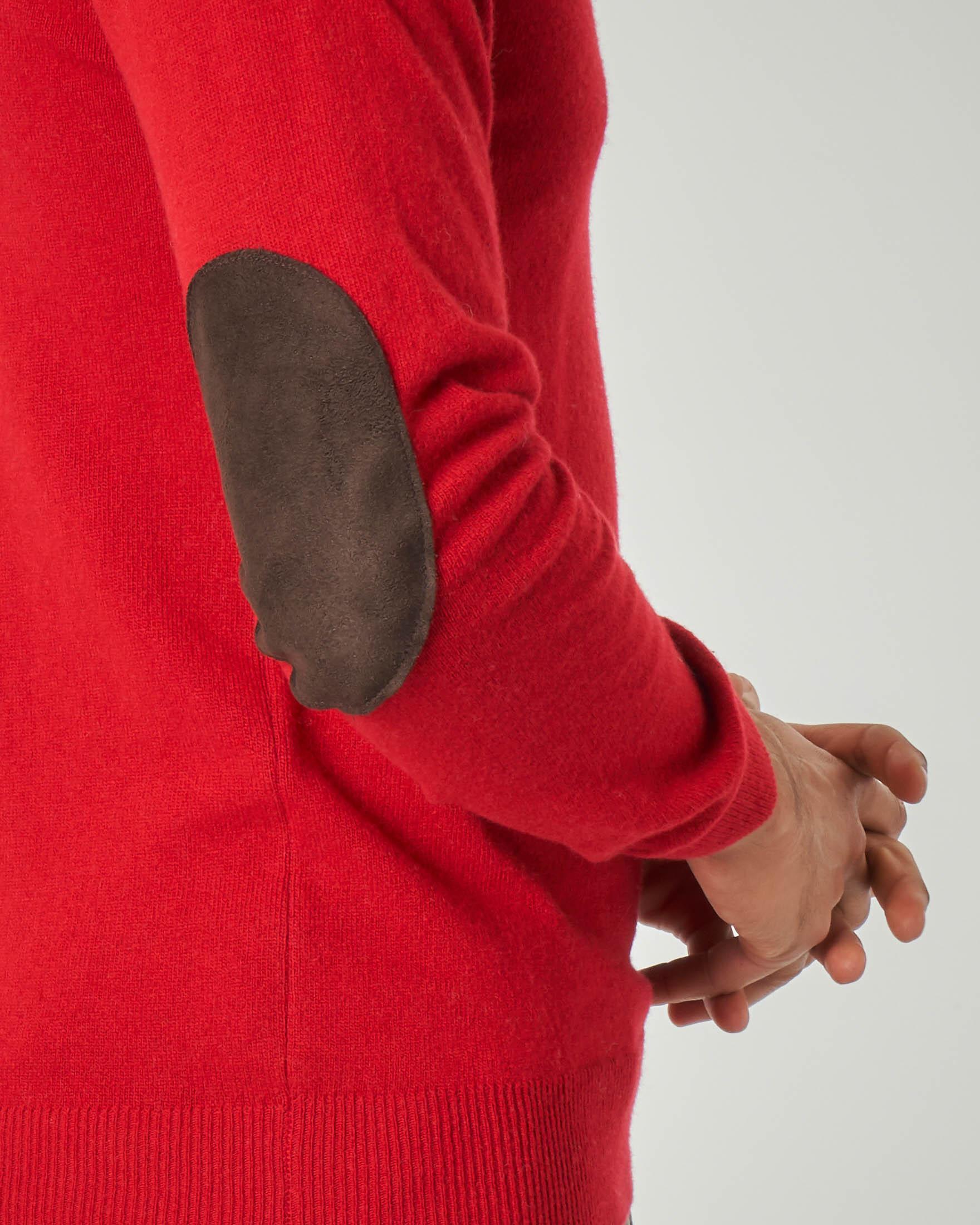 Maglia rossa girocollo con toppa in alcantara