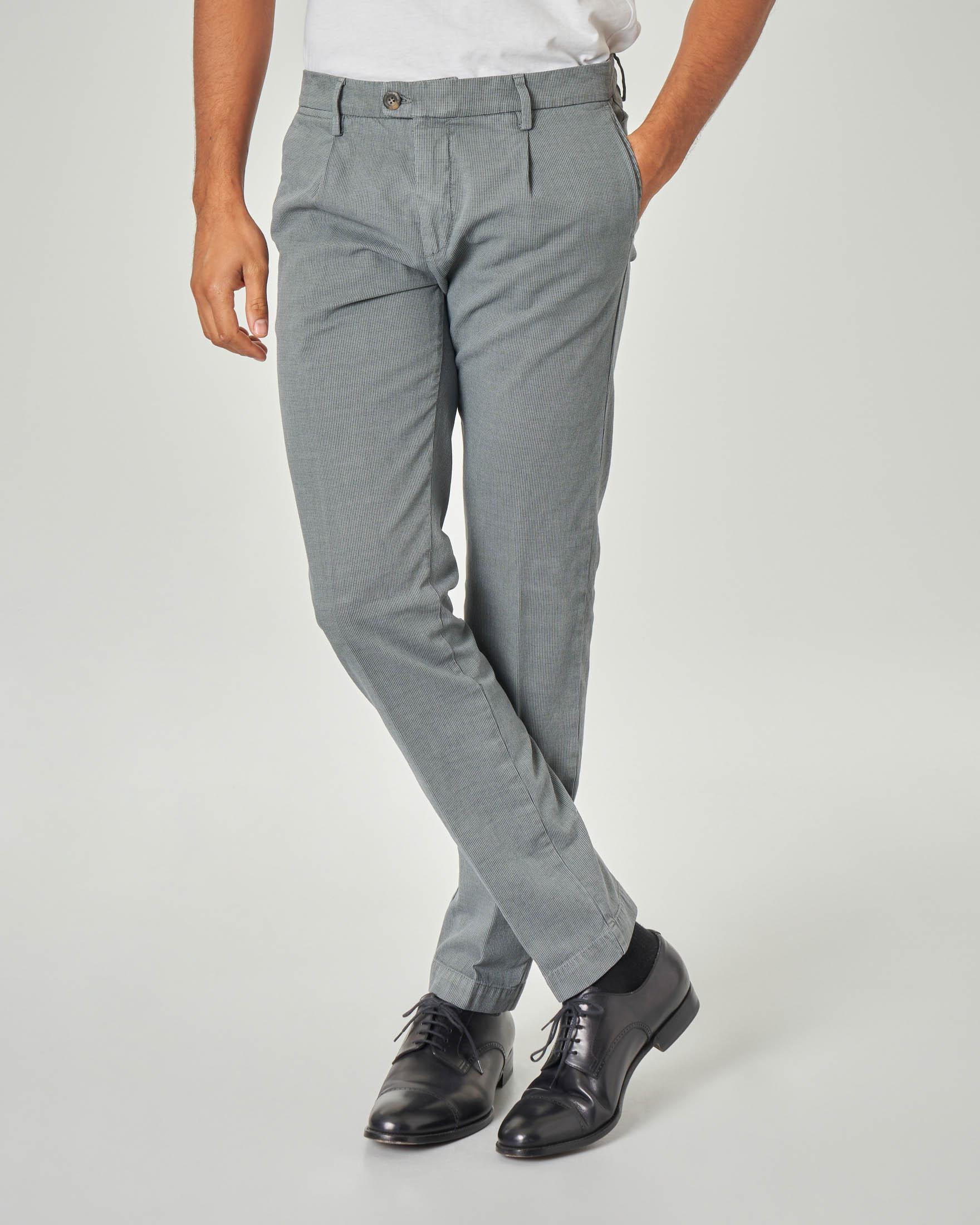 Pantalone chino grigio micro-fantasia con una pinces