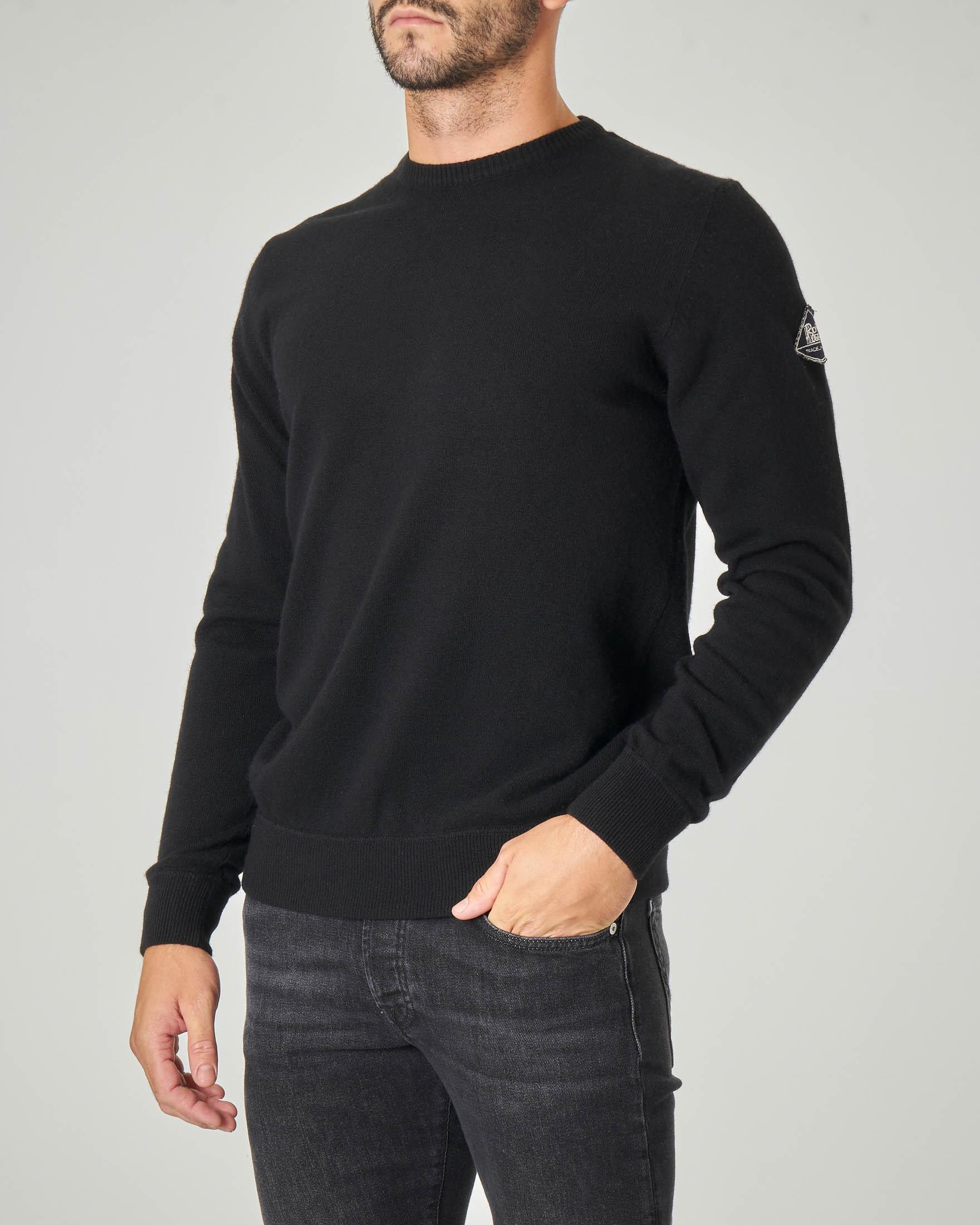 Maglia nera girocollo in lana, viscosa e cachemire