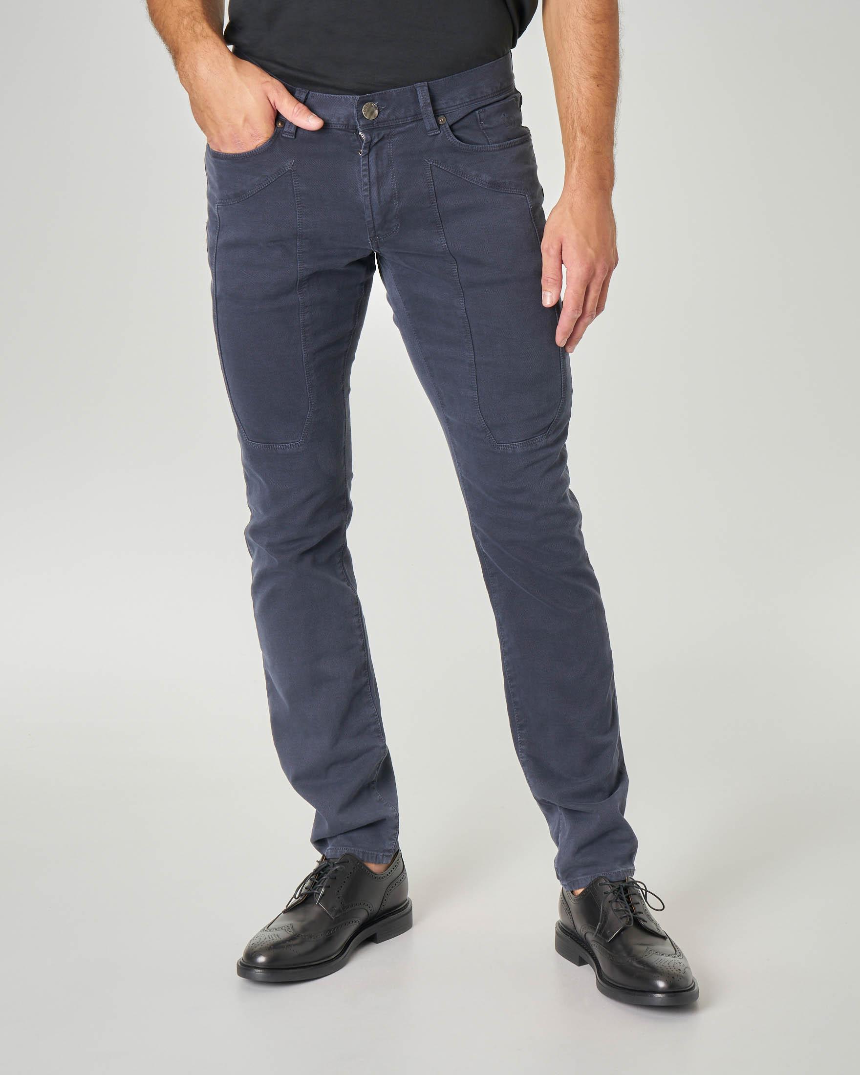 Pantalone cinque tasche blu in tricotina con toppa