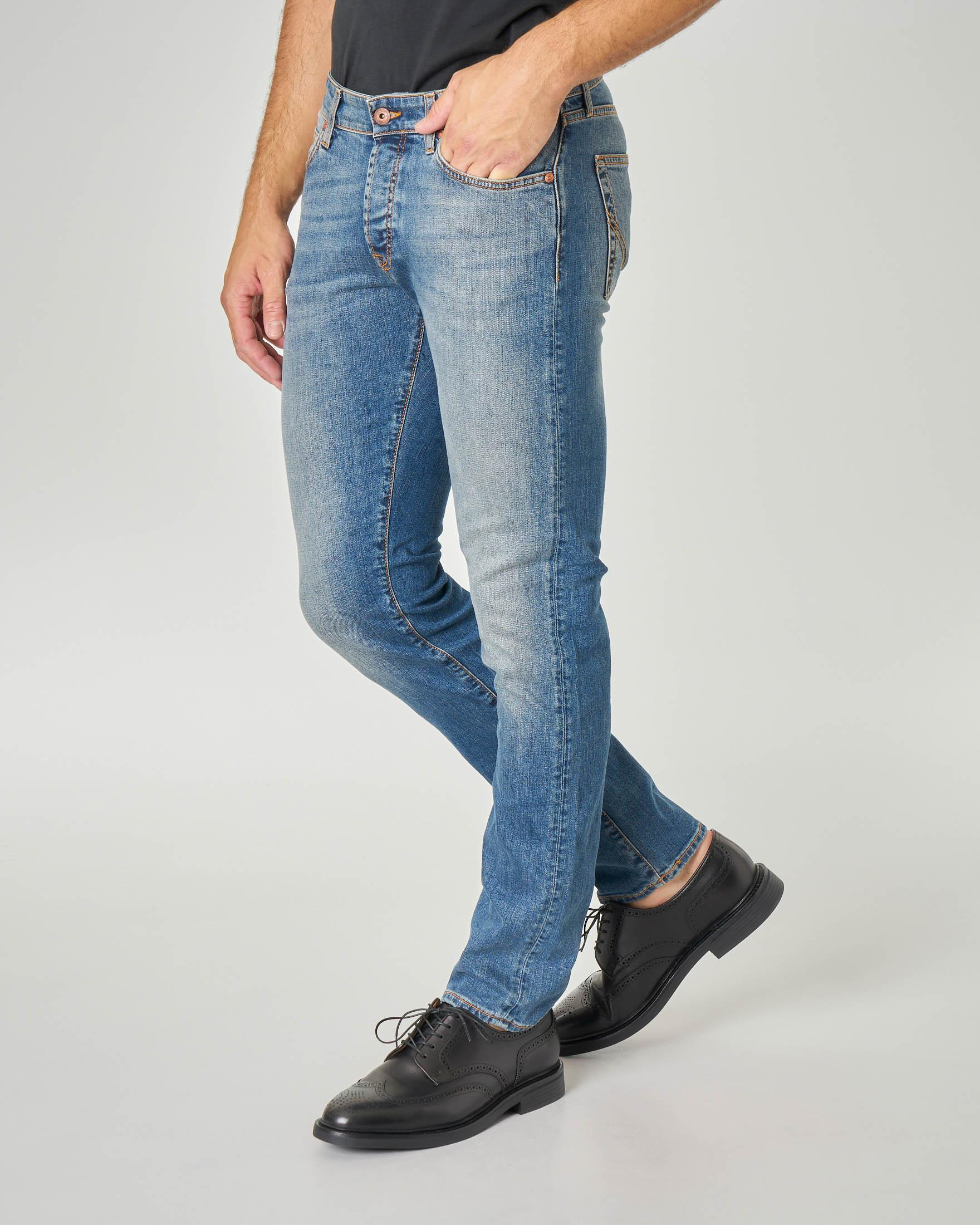 Jeans 529 Weared10  lavaggio super stone wash con sabbiature