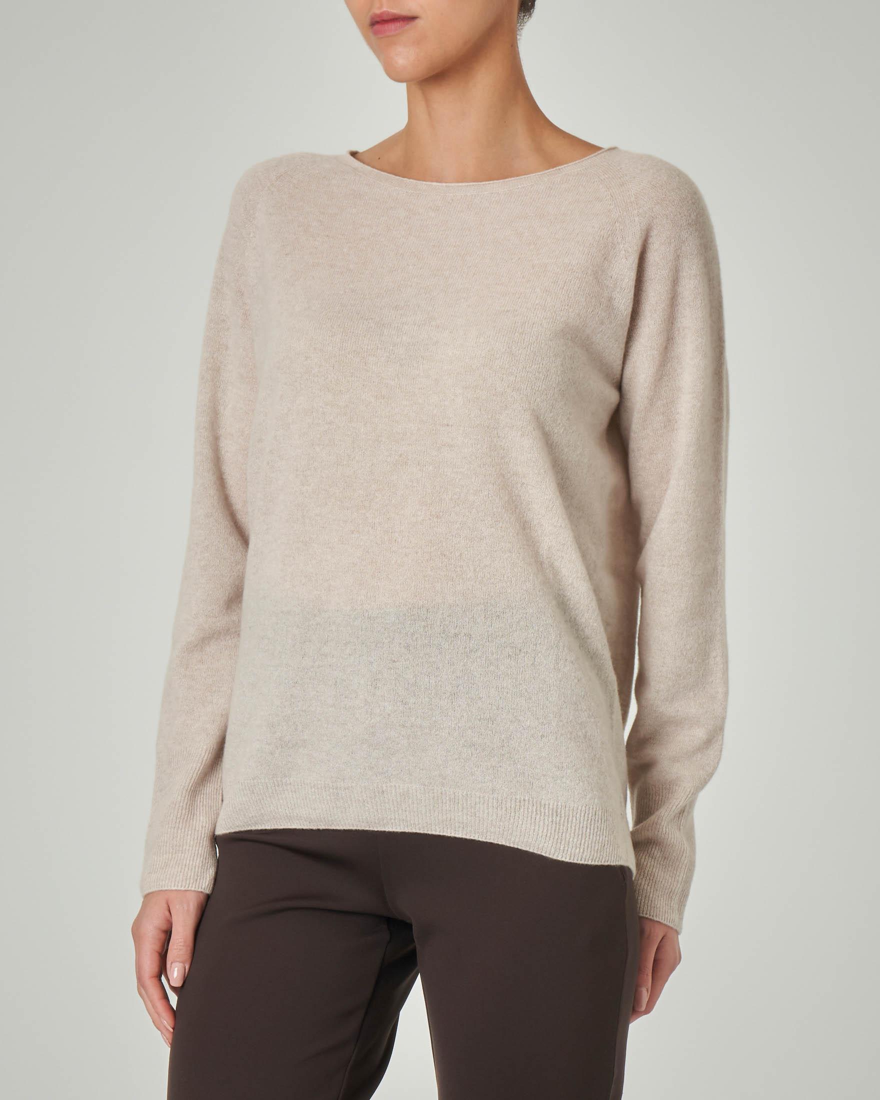 Maglia rasata in lana e cashmere color beige senza cuciture
