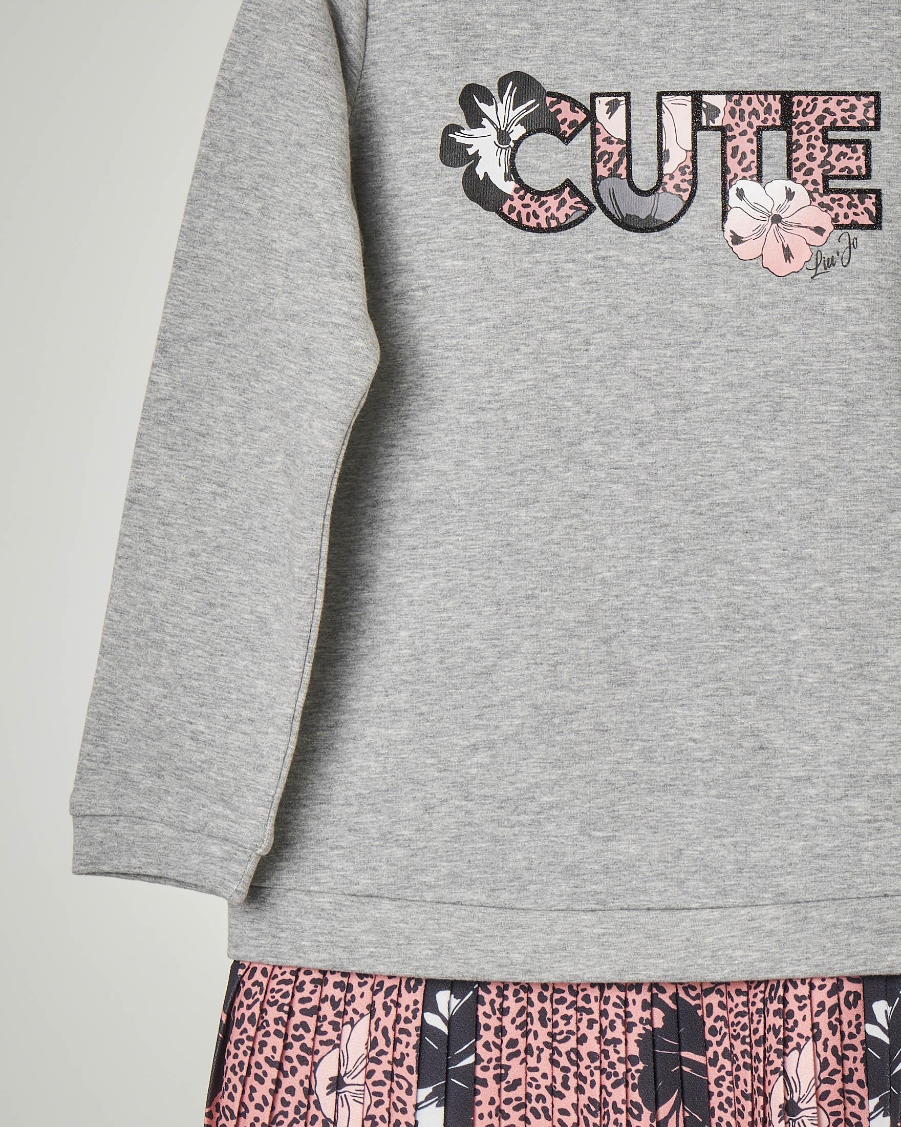 Abito composto con felpa grigia con cappuccio e gonna plissè a stampa animalier rosa e fiori 3-7 anni
