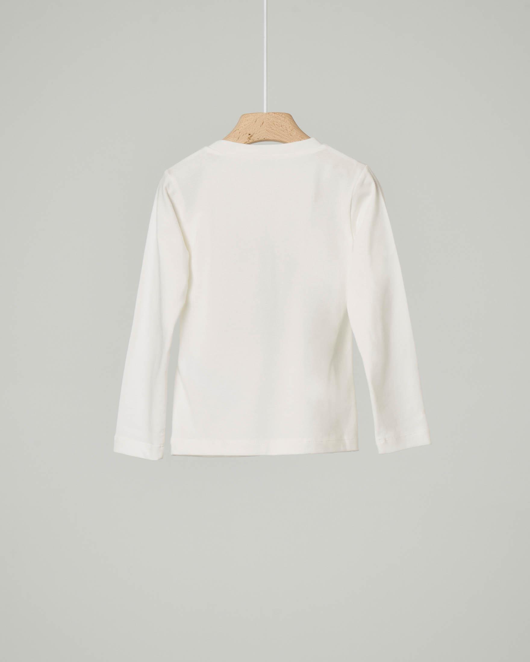 T-shirt bianca girocollo manica lunga con scritta logo con profili lurex rosa e spilla in tulle 3-7 anni