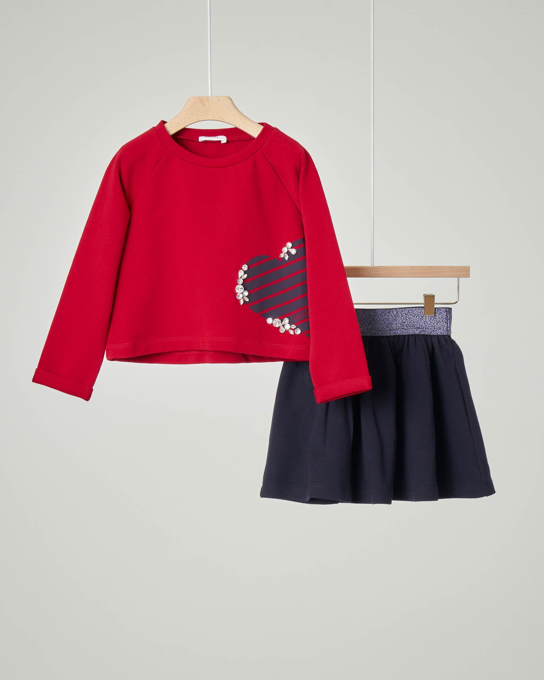 Completo maglia rossa in cotone elasticizzato con manica lunga e strass applicati e gonna blu con fascia elastica in vita in lurex 3-7 anni
