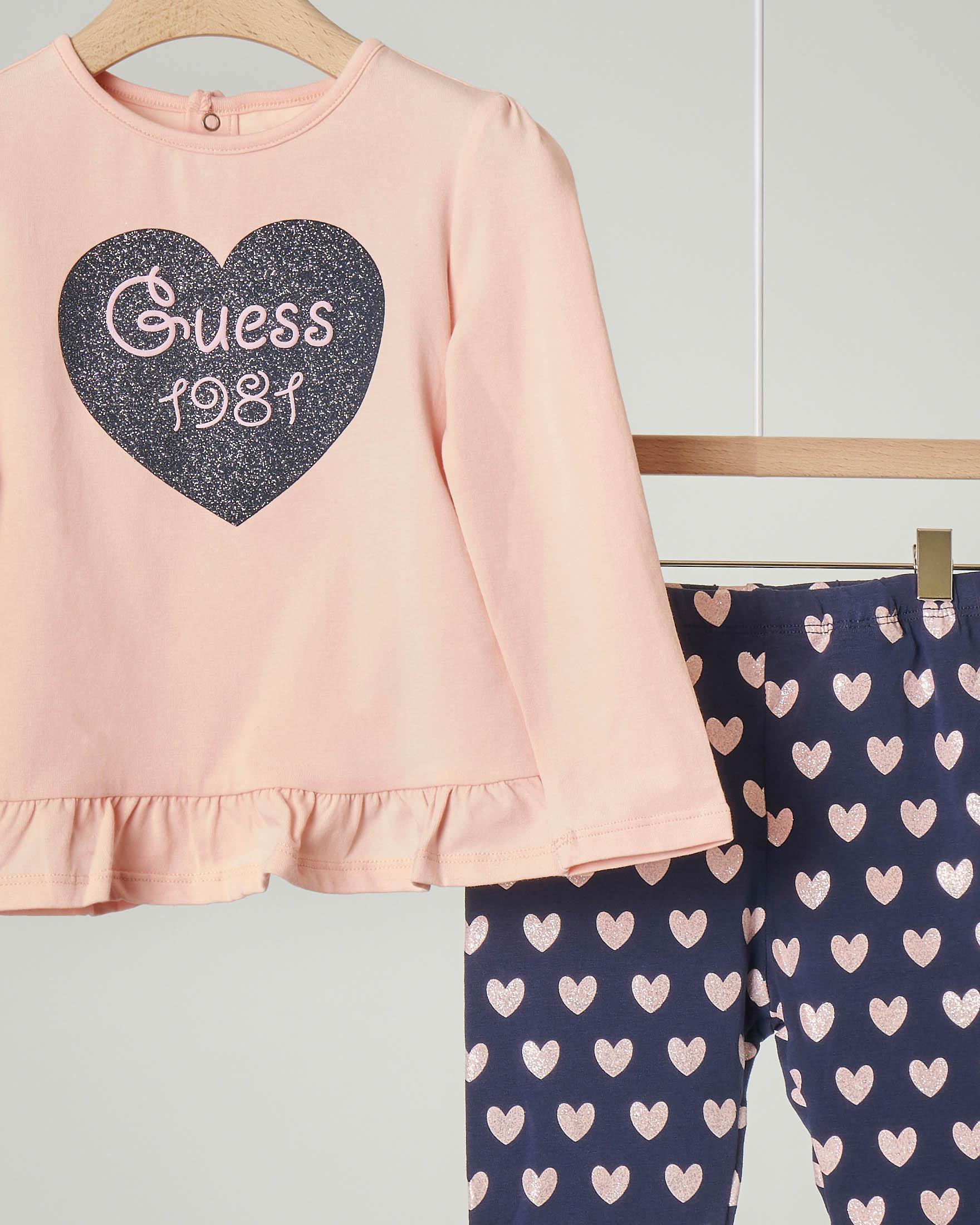 Completo maglia rosa manica lunga con volant sul fondo e pantalone blu con stampa cuori glitter 12-24 mesi