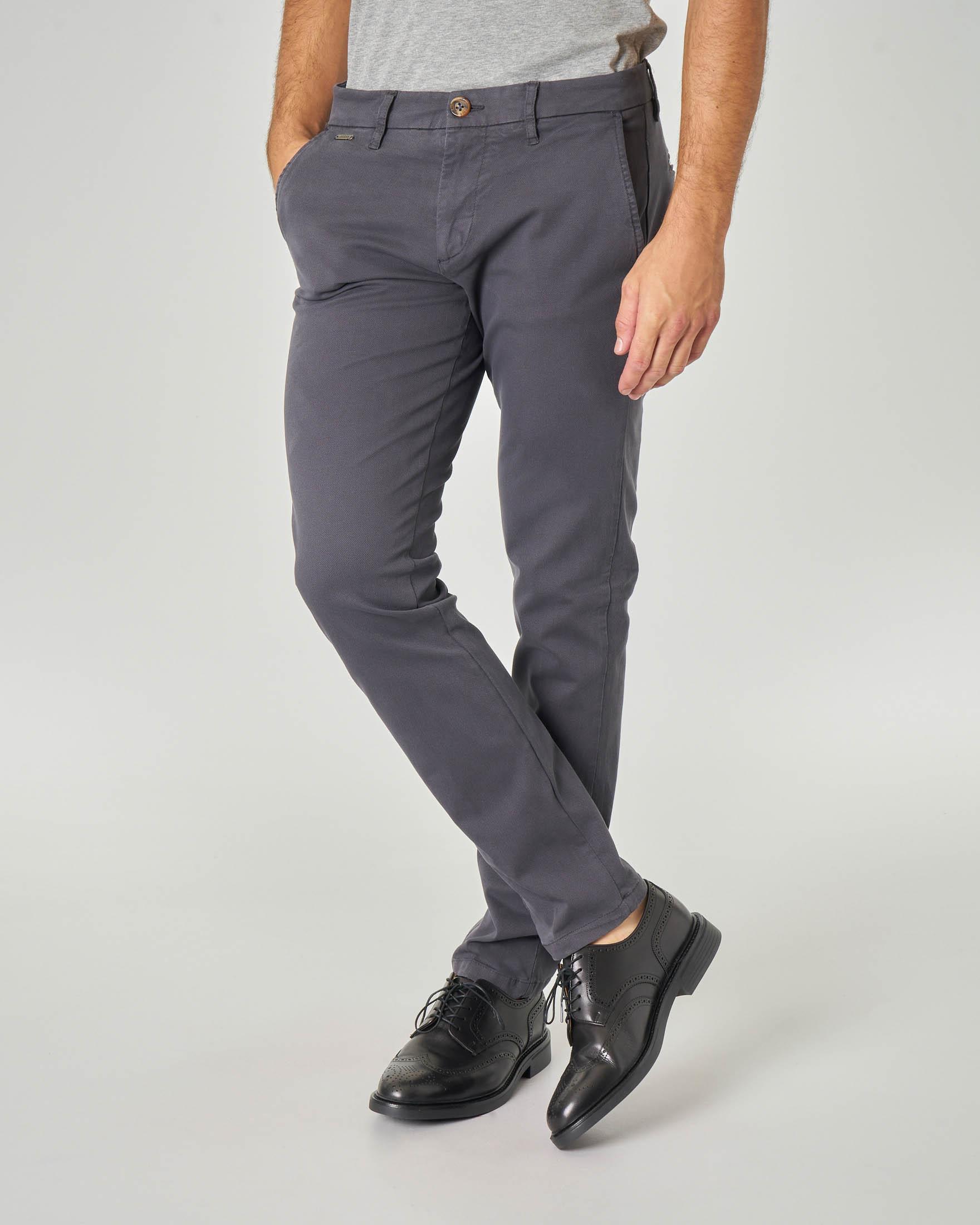 Pantalone chino grigio in tessuto micro-armatura