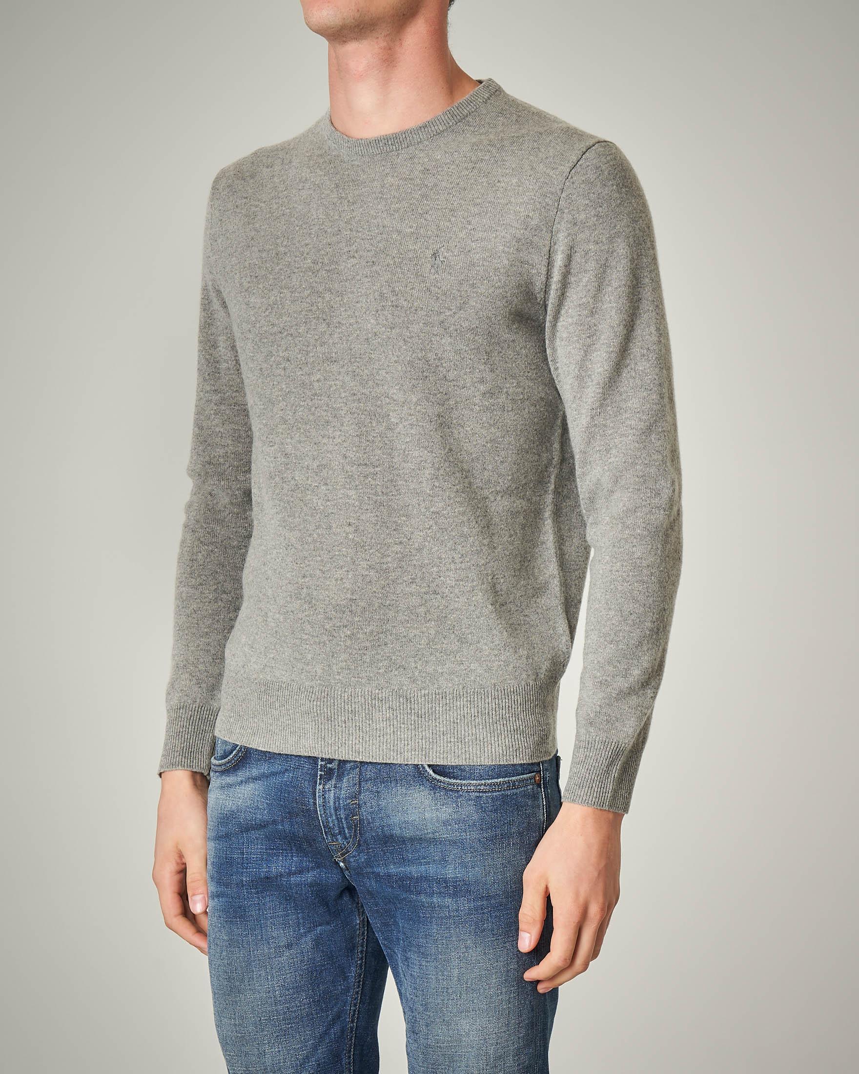 Maglia grigia girocollo in pura lana
