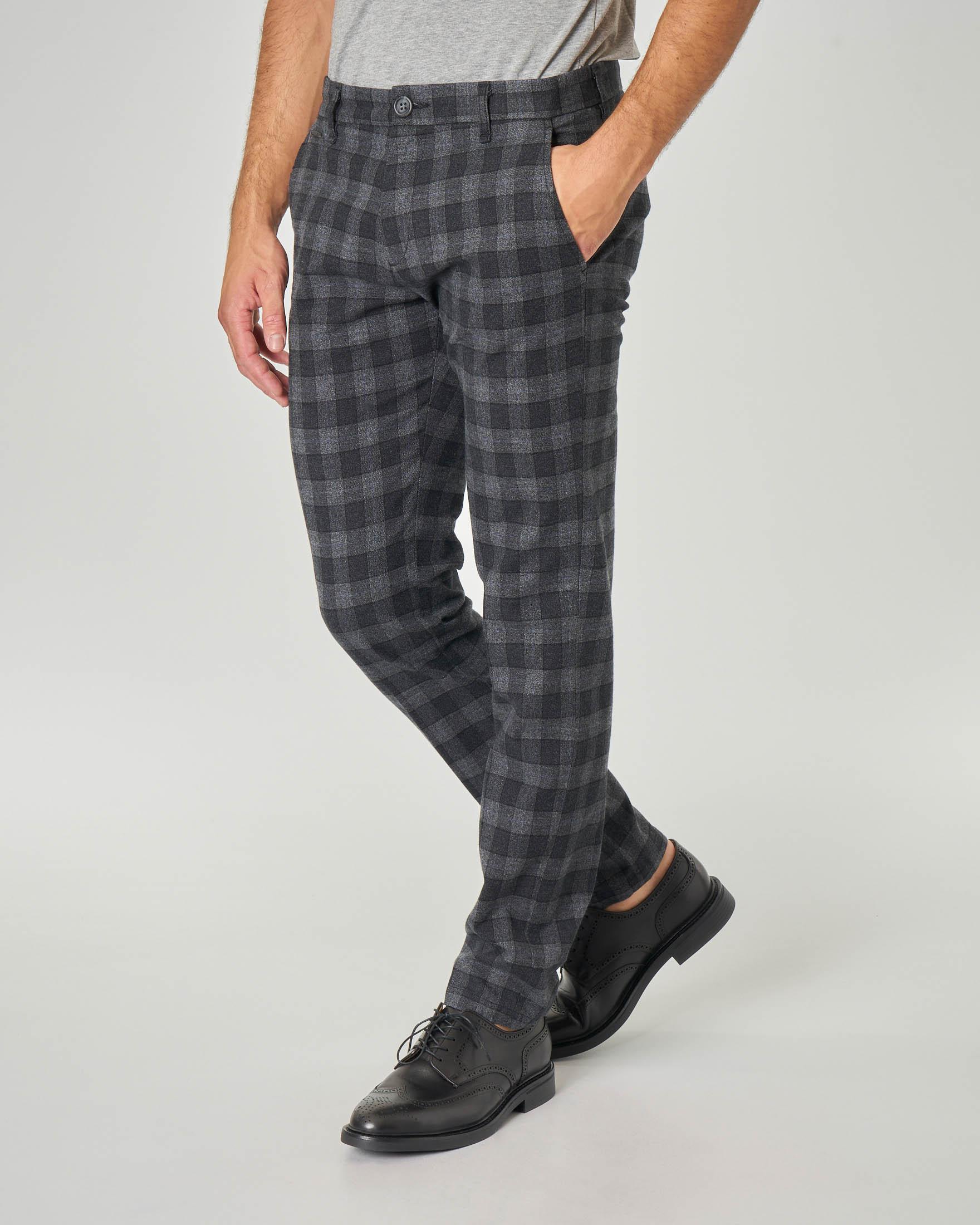 Pantalone chino grigio a quadretti