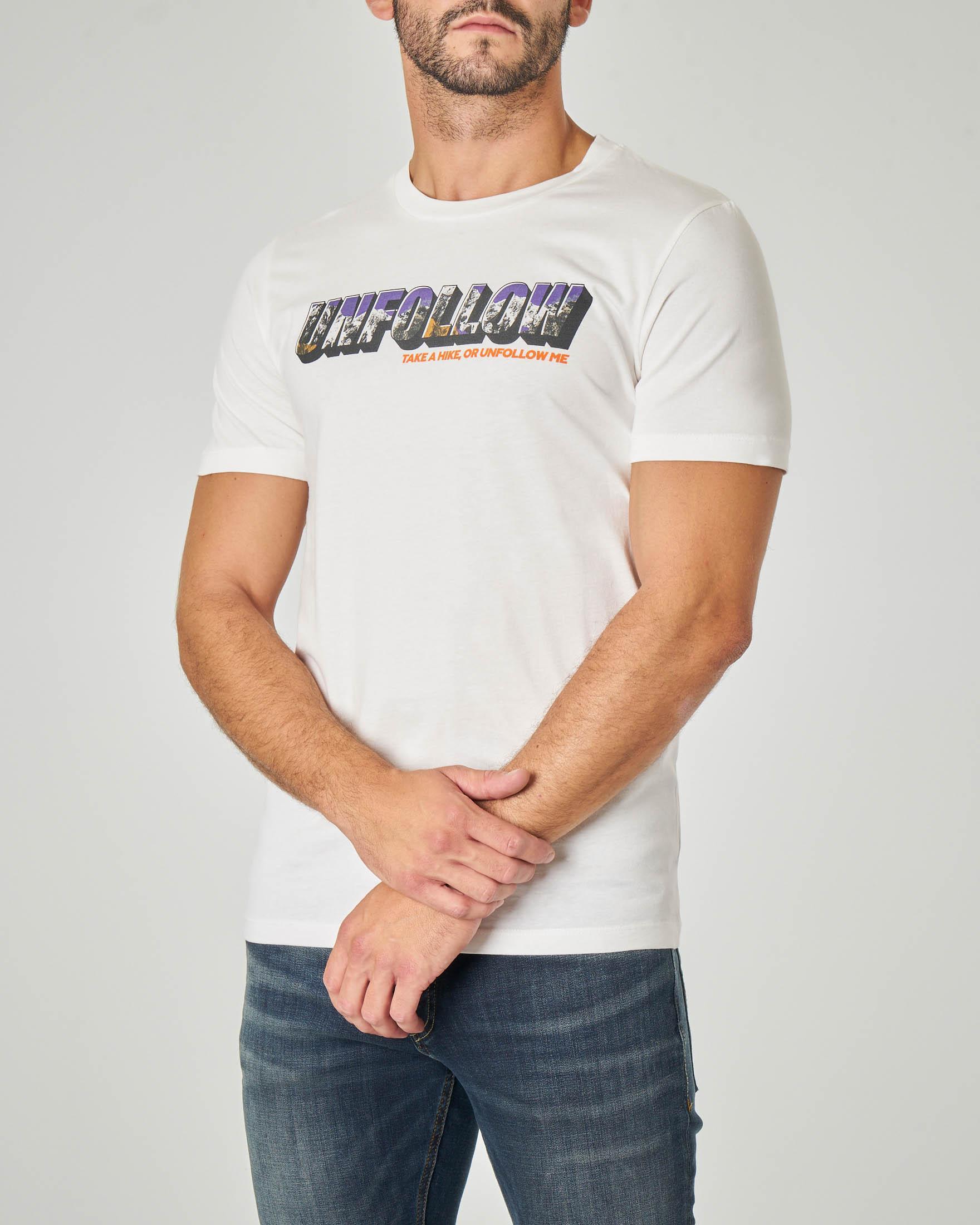 T-shirt bianca mezza manica con stampa scritta grafica