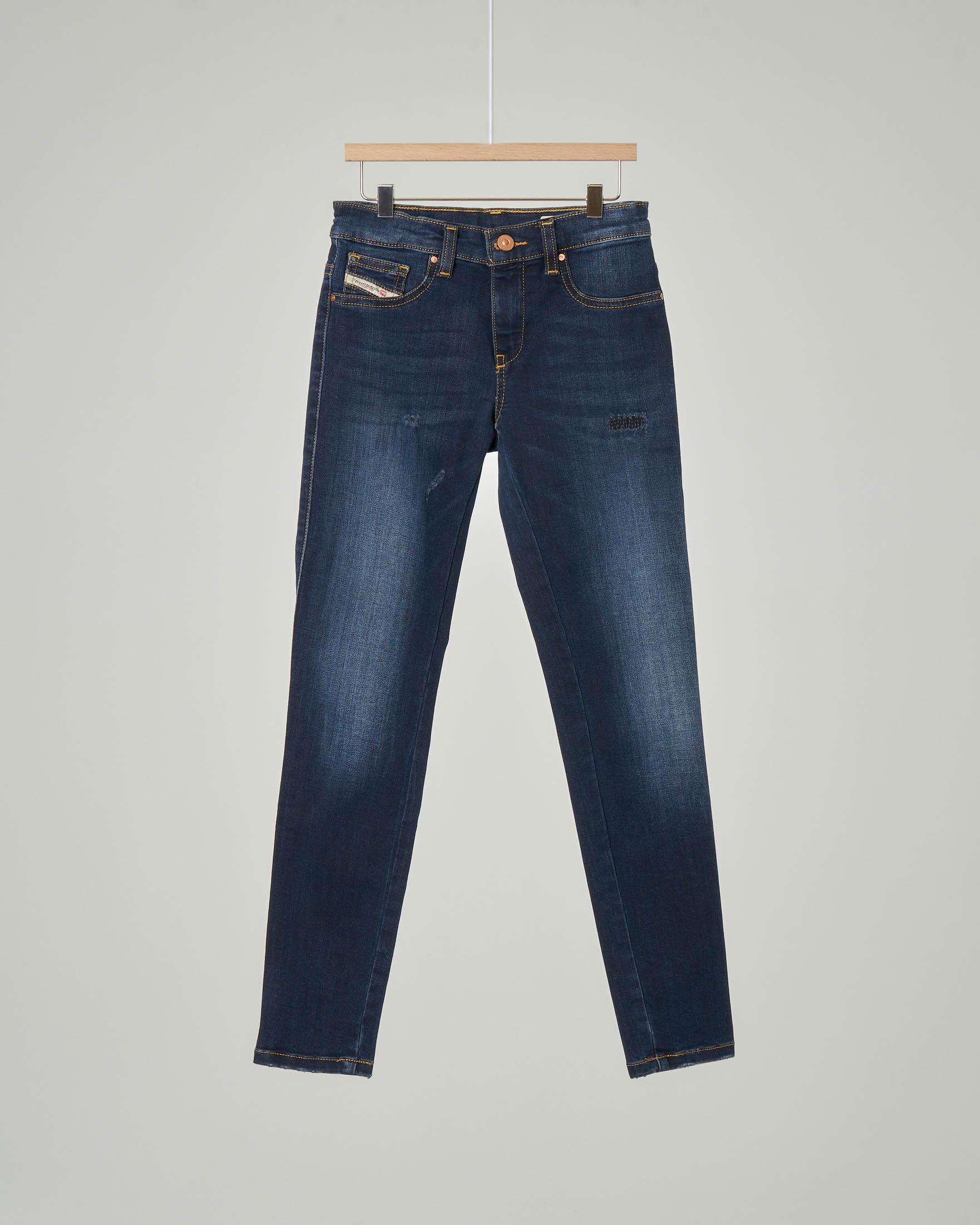 Jeans Dhary lavaggio blu scuro stone wash con abrasioni 10-16