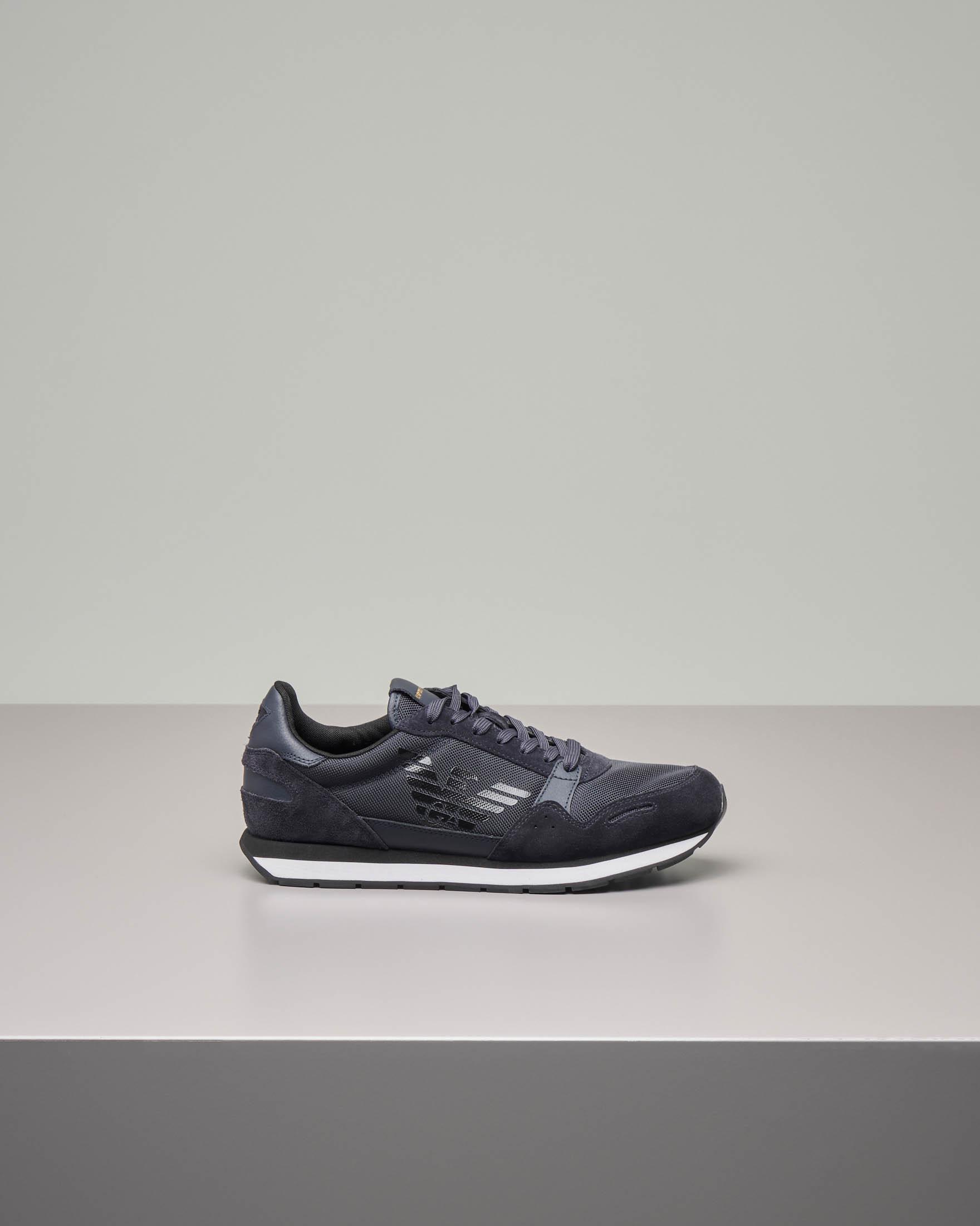 Sneakers blu in pelle scamosciata