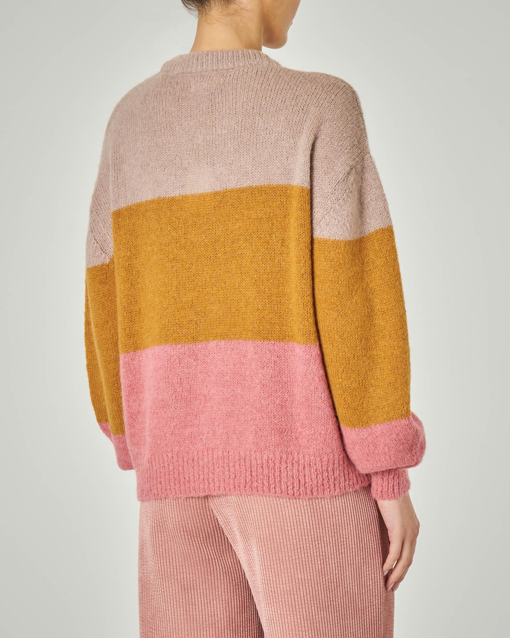 Maglia girocollo in misto alpaca a blocchi di colore con maniche ampie