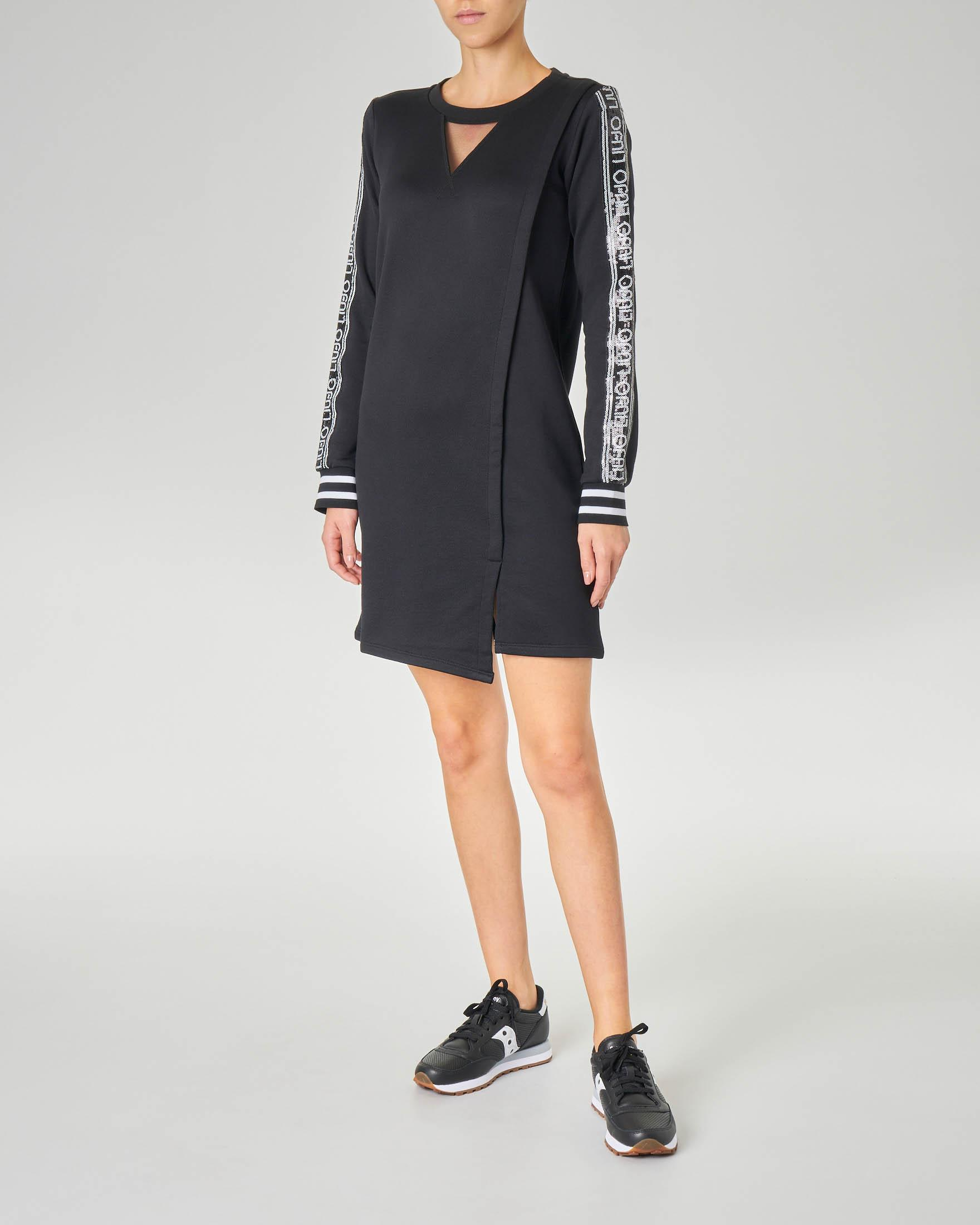 Abito nero corto manica lunga in jersey di cotone con scritta logo continua laterale e inserto in rete