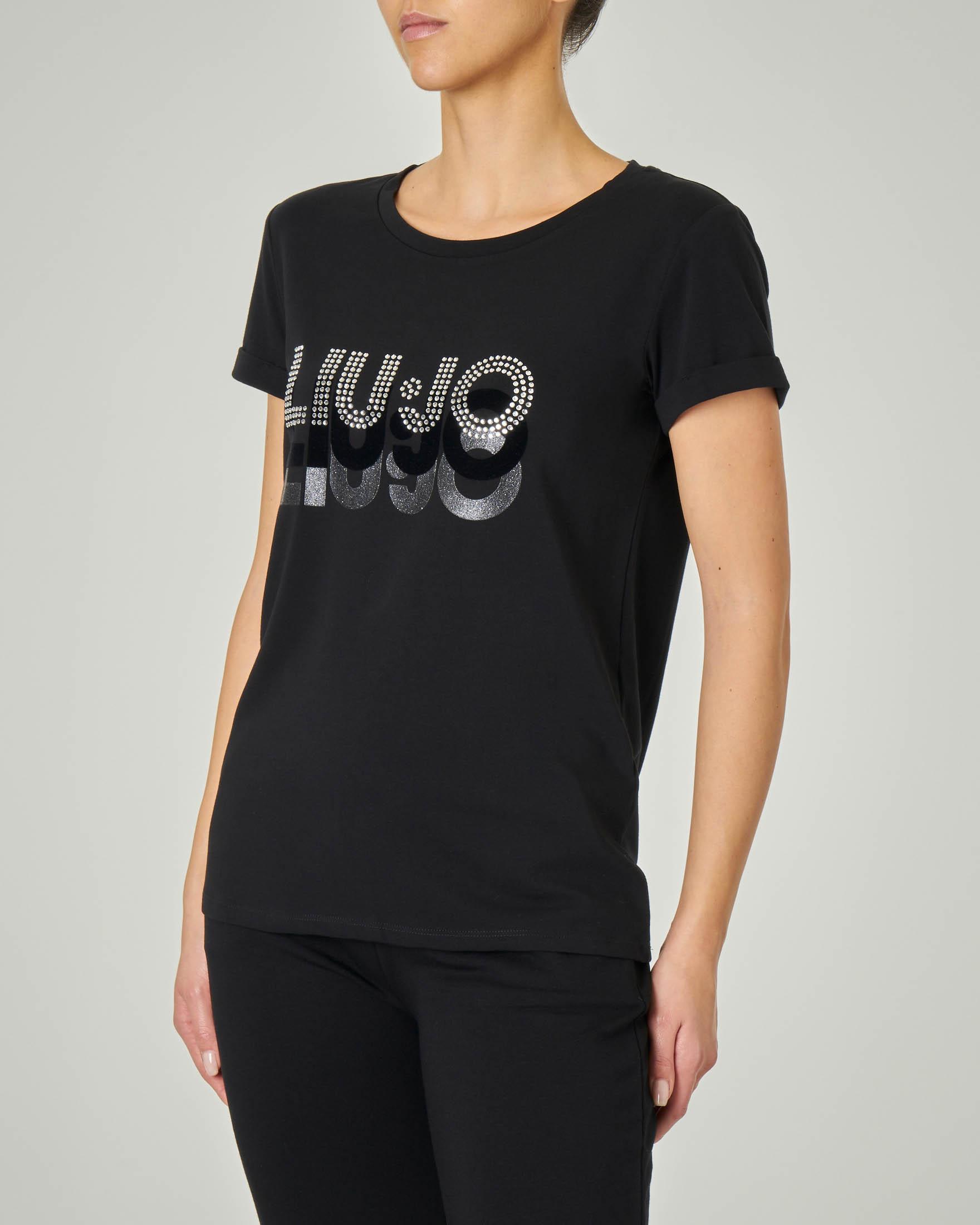 T-shirt in cotone elasticizzata nera con triplice scritta logo in strass e lurex dégradé