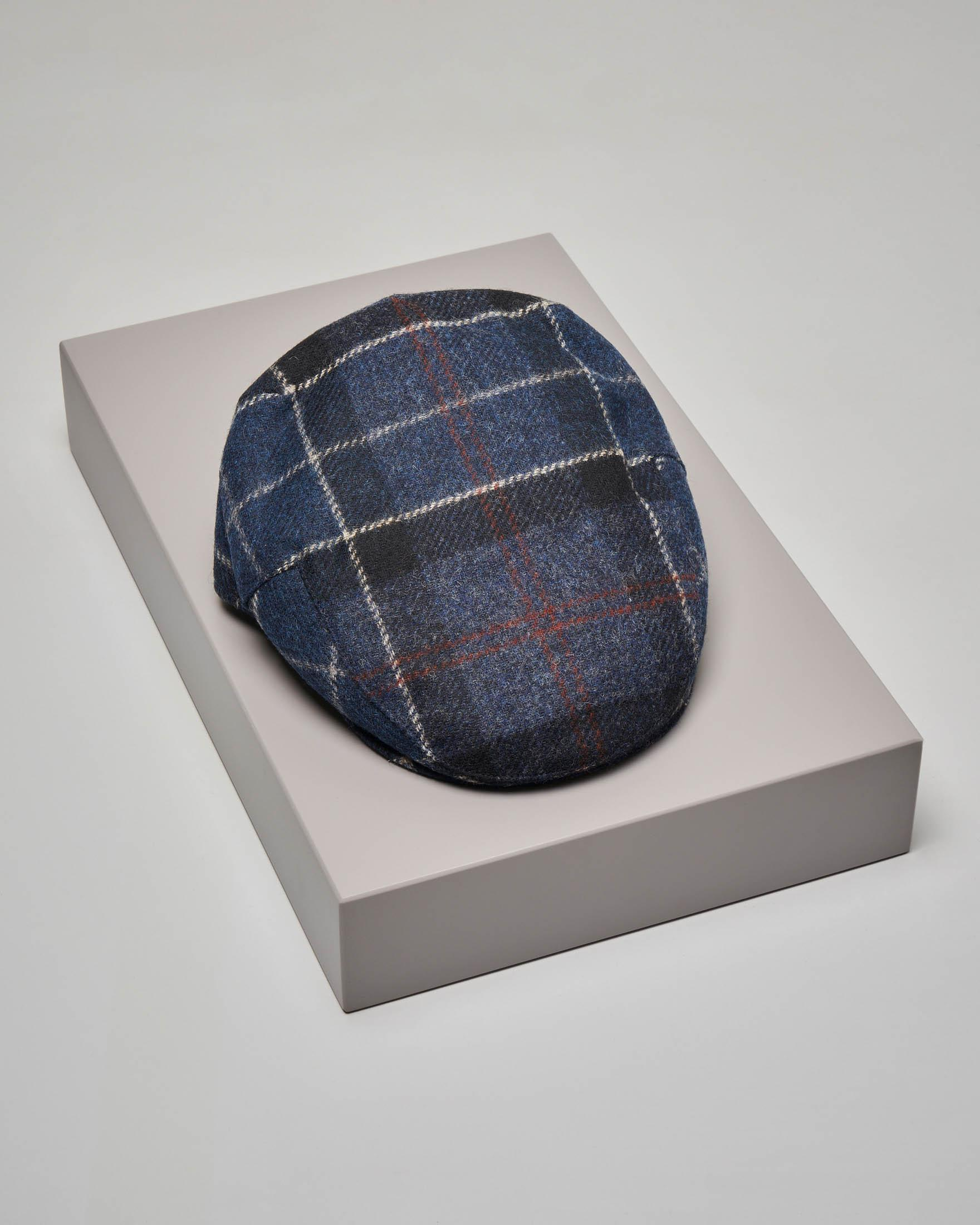 Coppola tartan check blu e nero in pura lana